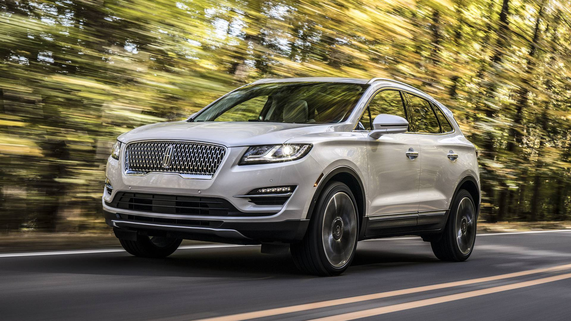 Ford Fusion White And Black >> Facelifted 2019 Lincoln MKC Adopts Continental Grille - autoevolution