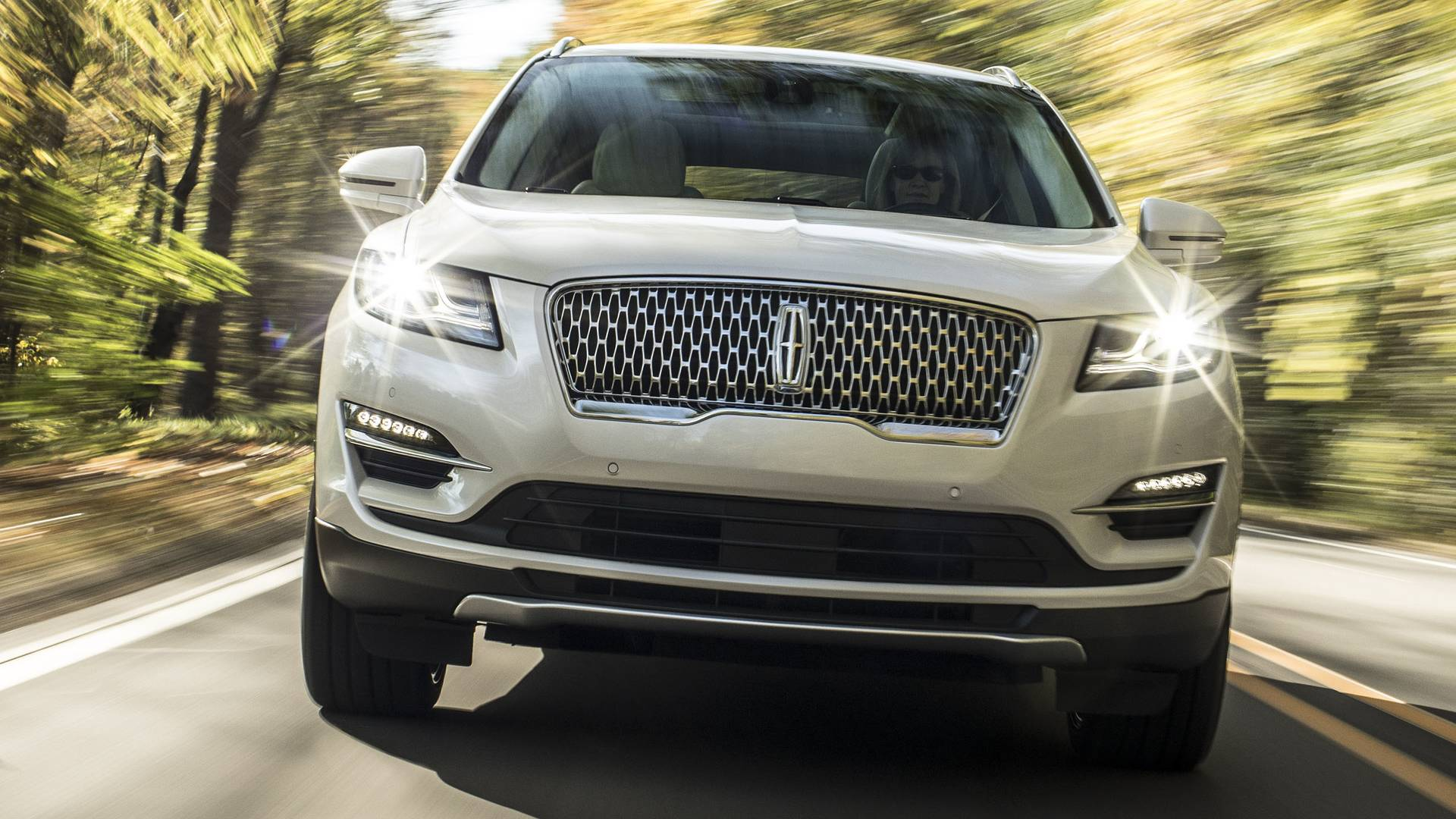 Facelifted 2019 Lincoln MKC Adopts Continental Grille - autoevolution