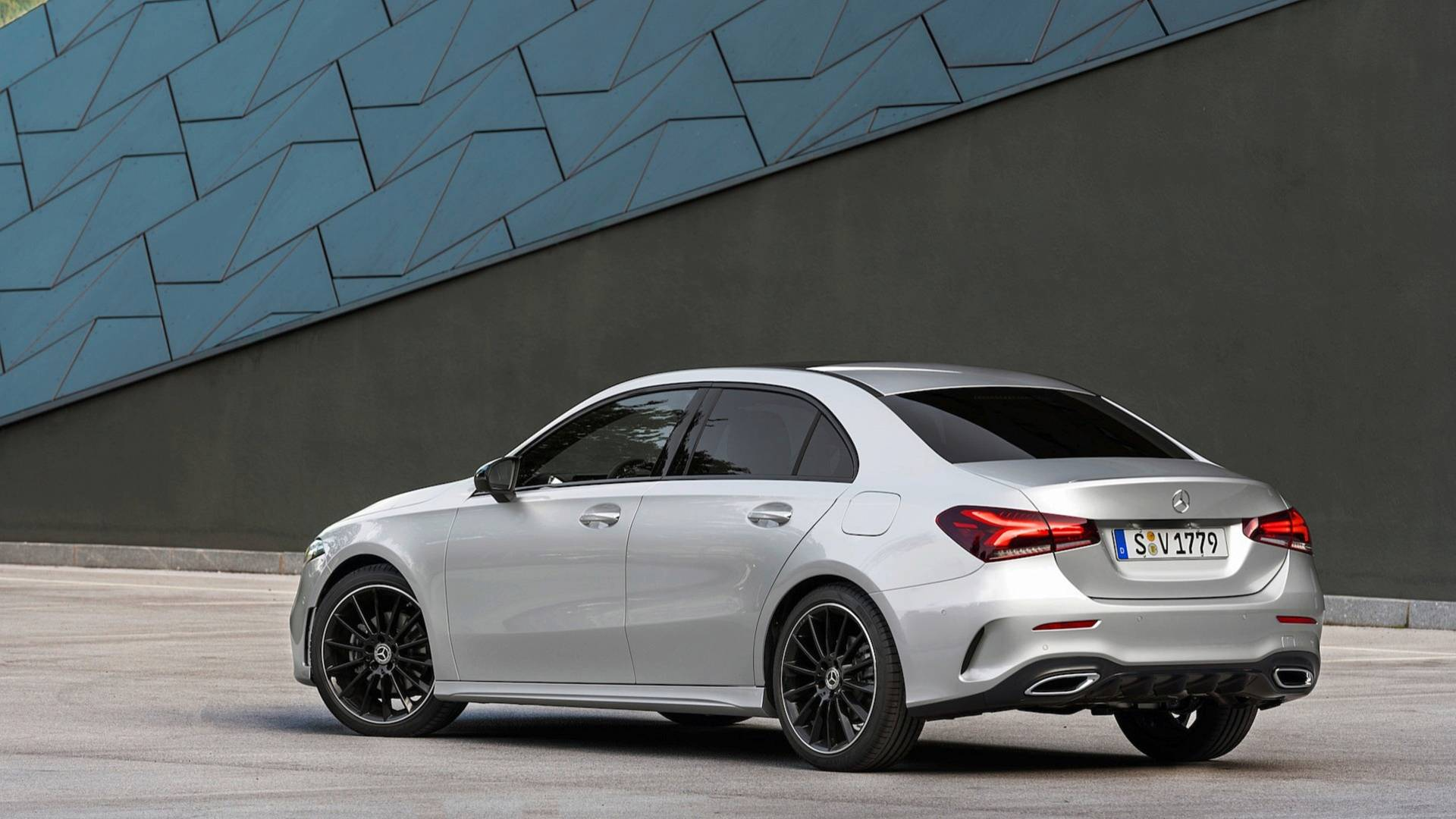 2019 mercedes benz a class sedan v177 is far more elegant than hatchback autoevolution. Black Bedroom Furniture Sets. Home Design Ideas