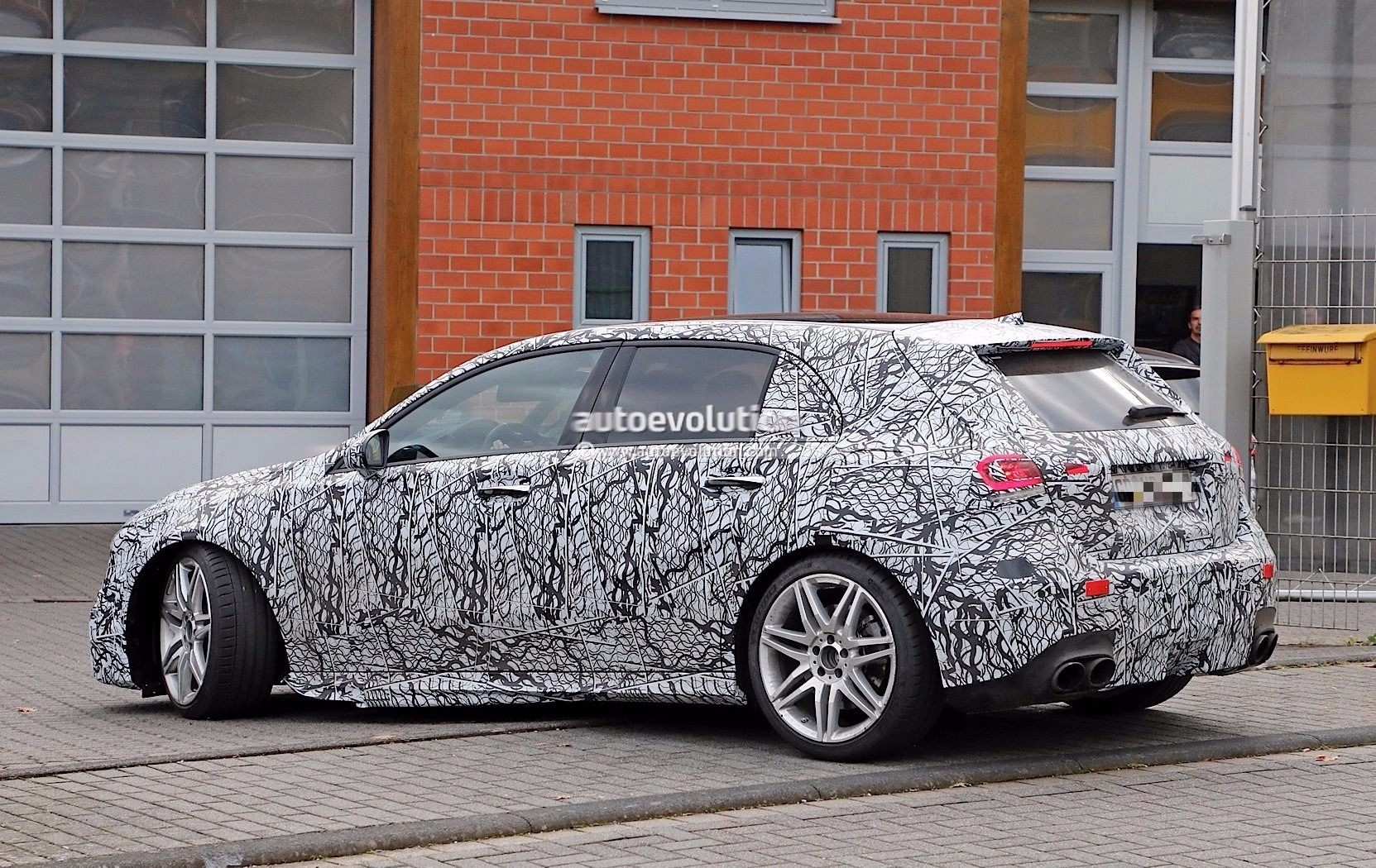 2019 mercedes amg a45 and a class spied testing at the nurburgring autoevolution. Black Bedroom Furniture Sets. Home Design Ideas