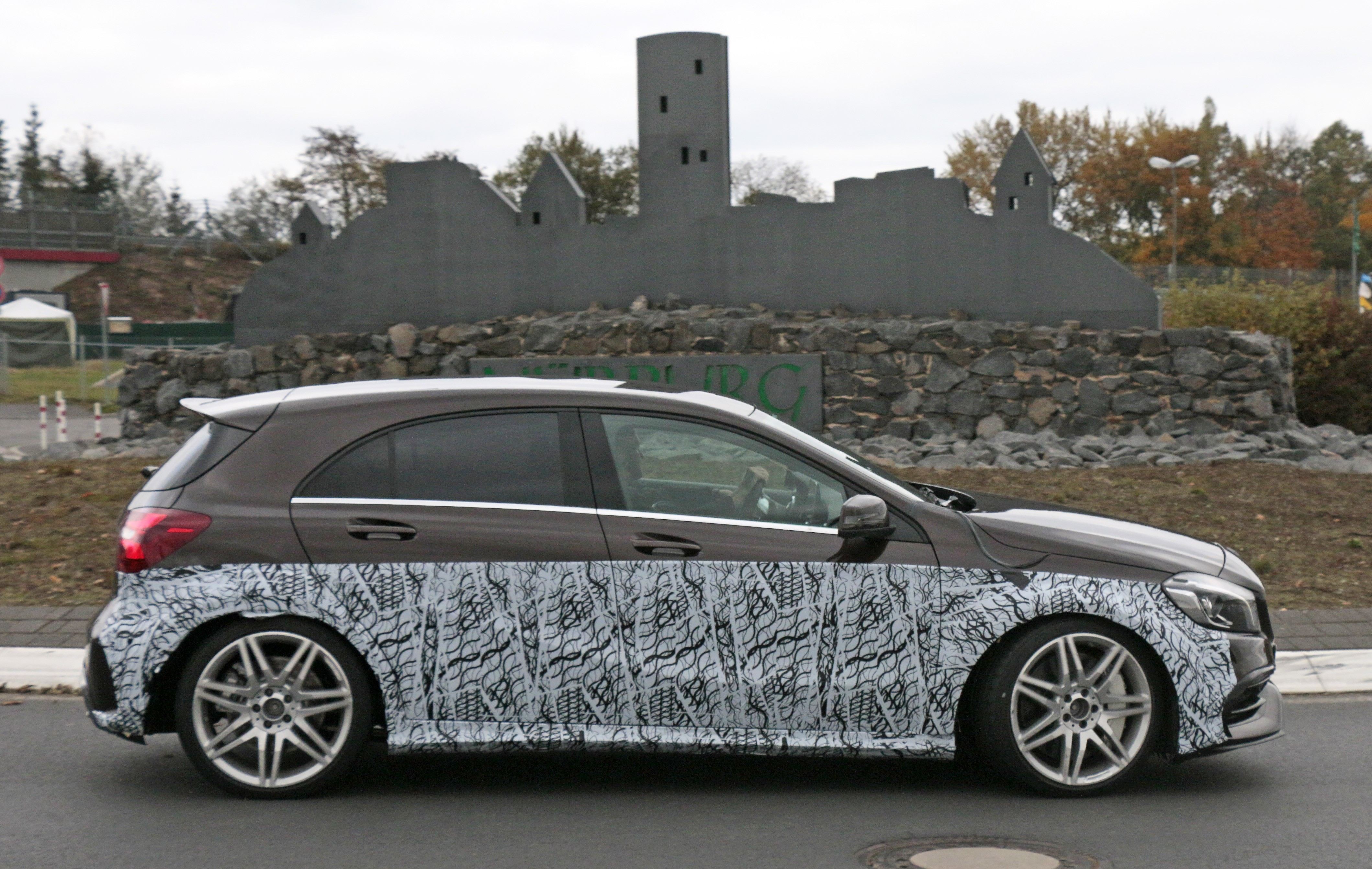 Mercedes Glk 2018 >> 2019 Mercedes-AMG A45 Mule Spotted Hiding in Plain Sight - autoevolution