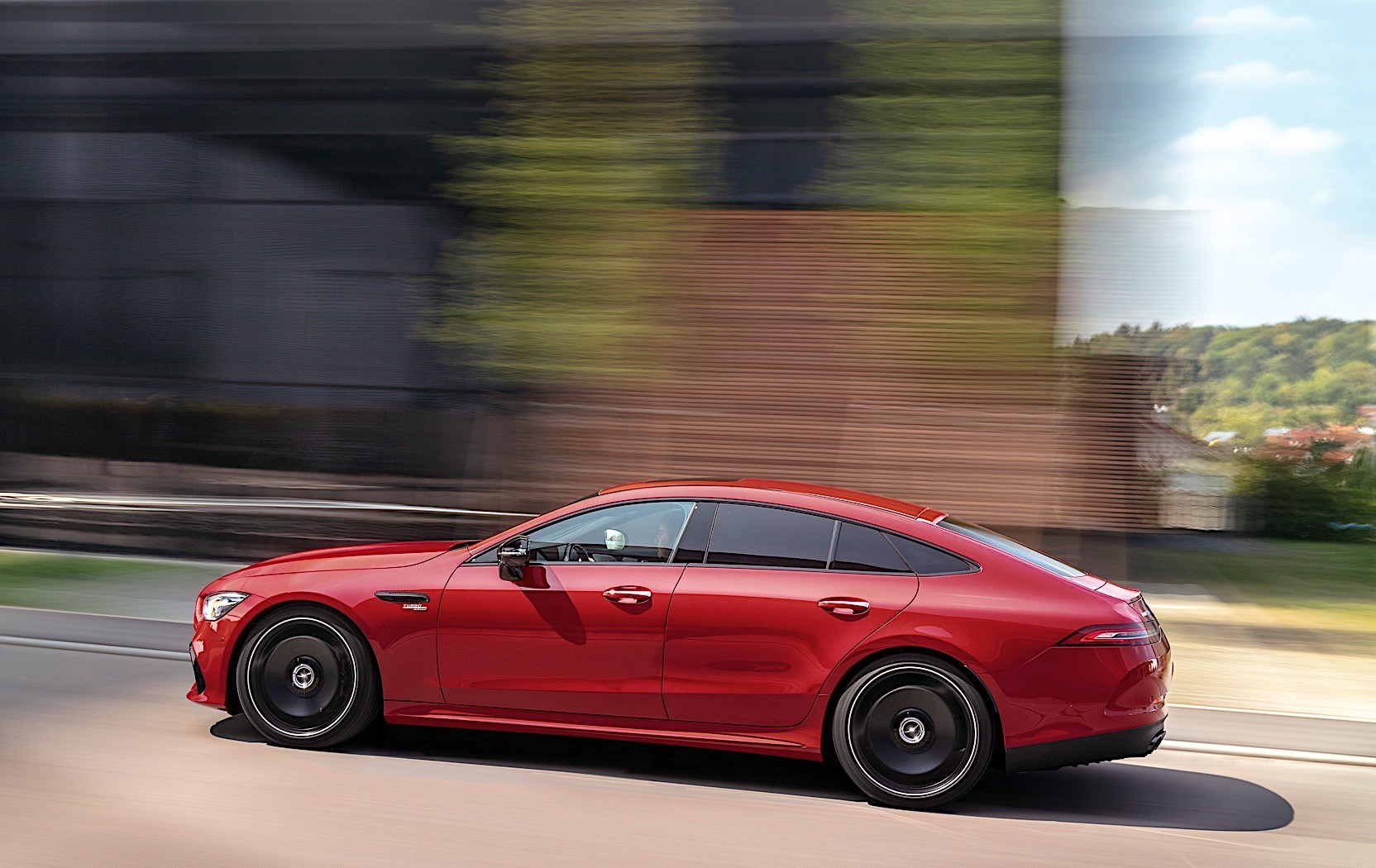 2019 mercedes amg gt 4 door coupe get new entry engine priced from 95 259 euros autoevolution. Black Bedroom Furniture Sets. Home Design Ideas