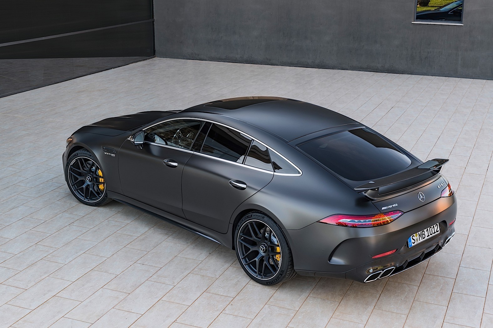 2019 mercedes amg gt 4 door coupe goes live in geneva for Mercedes benz amg gt coupe price