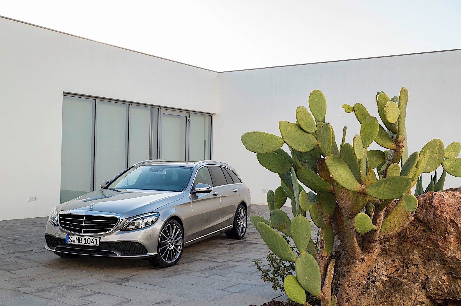 2019 Mercedes-Benz C-Class Sedan and Wagon Details and ...