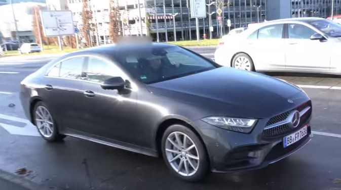 2019 Mercedes Benz Cls 450 Shows Up In Traffic Reigns For