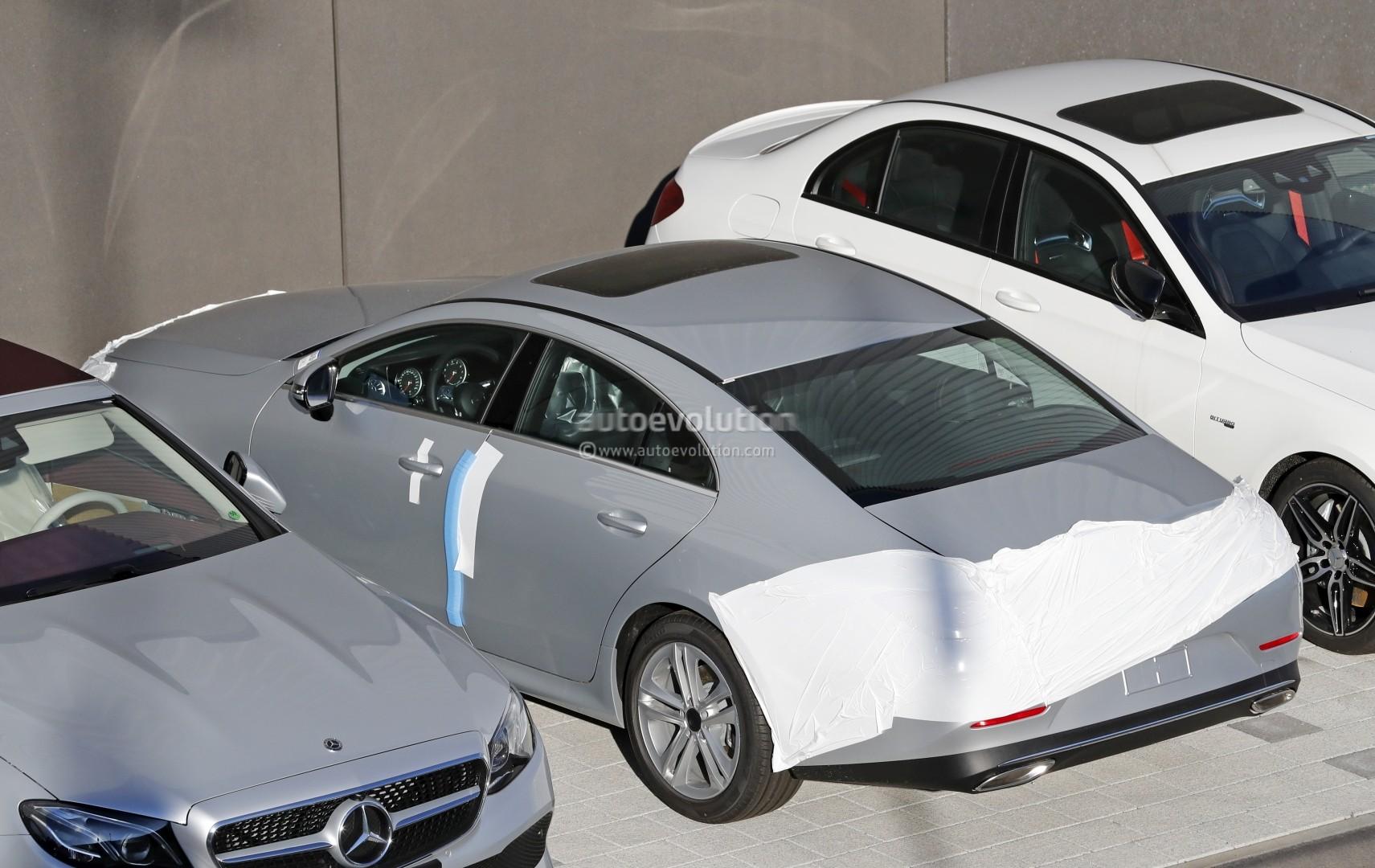 Spyshots: 2019 Mercedes-Benz CLS Reveals More Design ...