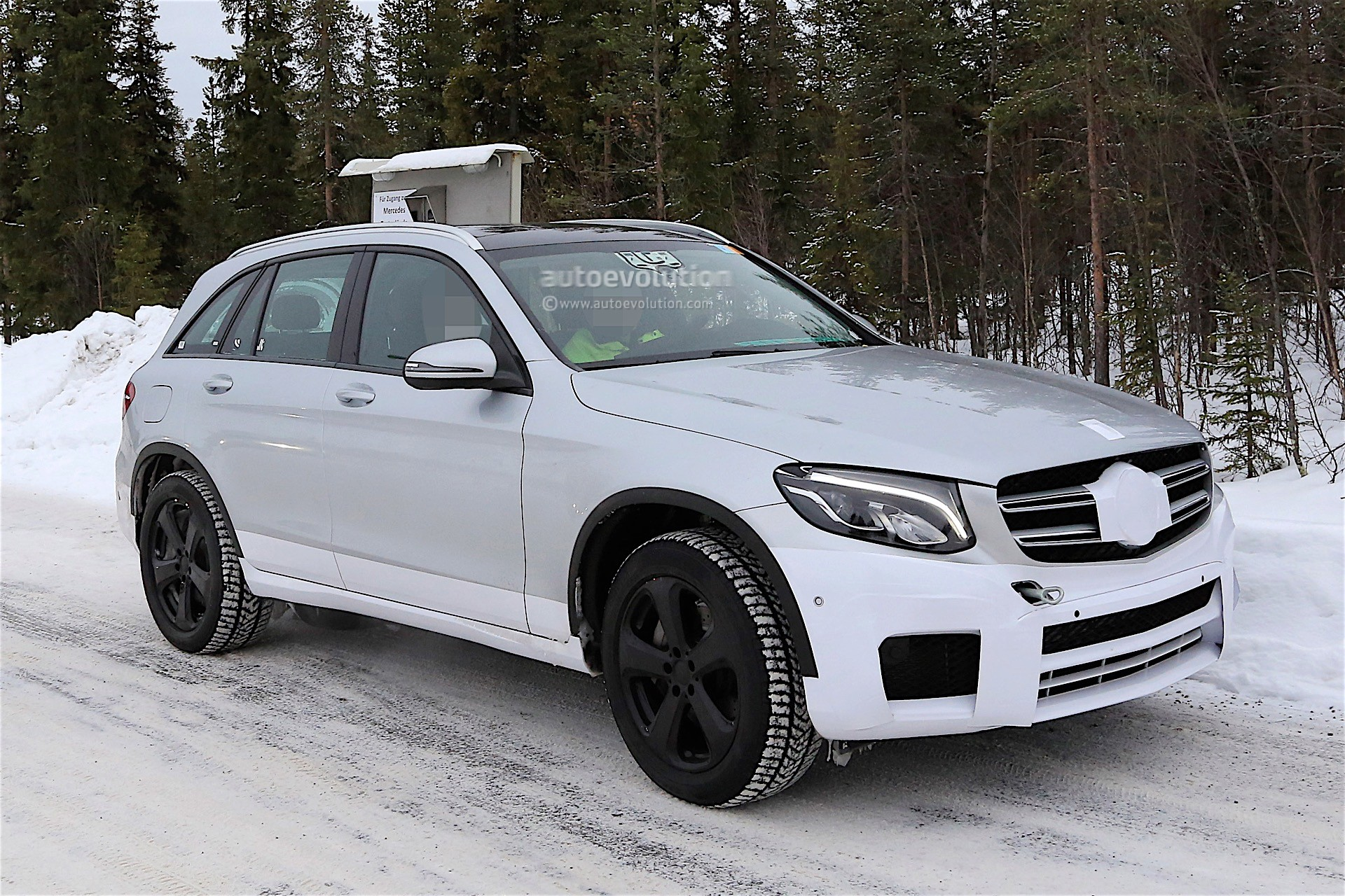 Mercedes benz electric suv spied caught testing with glc for Mercedes benz electric