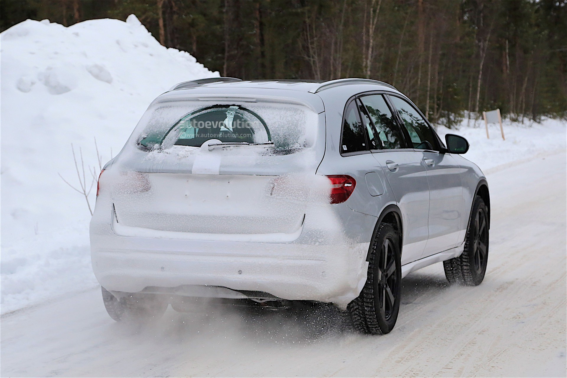 Mercedes-Benz Electric SUV Spied, Caught Testing With GLC Coupe Body ...