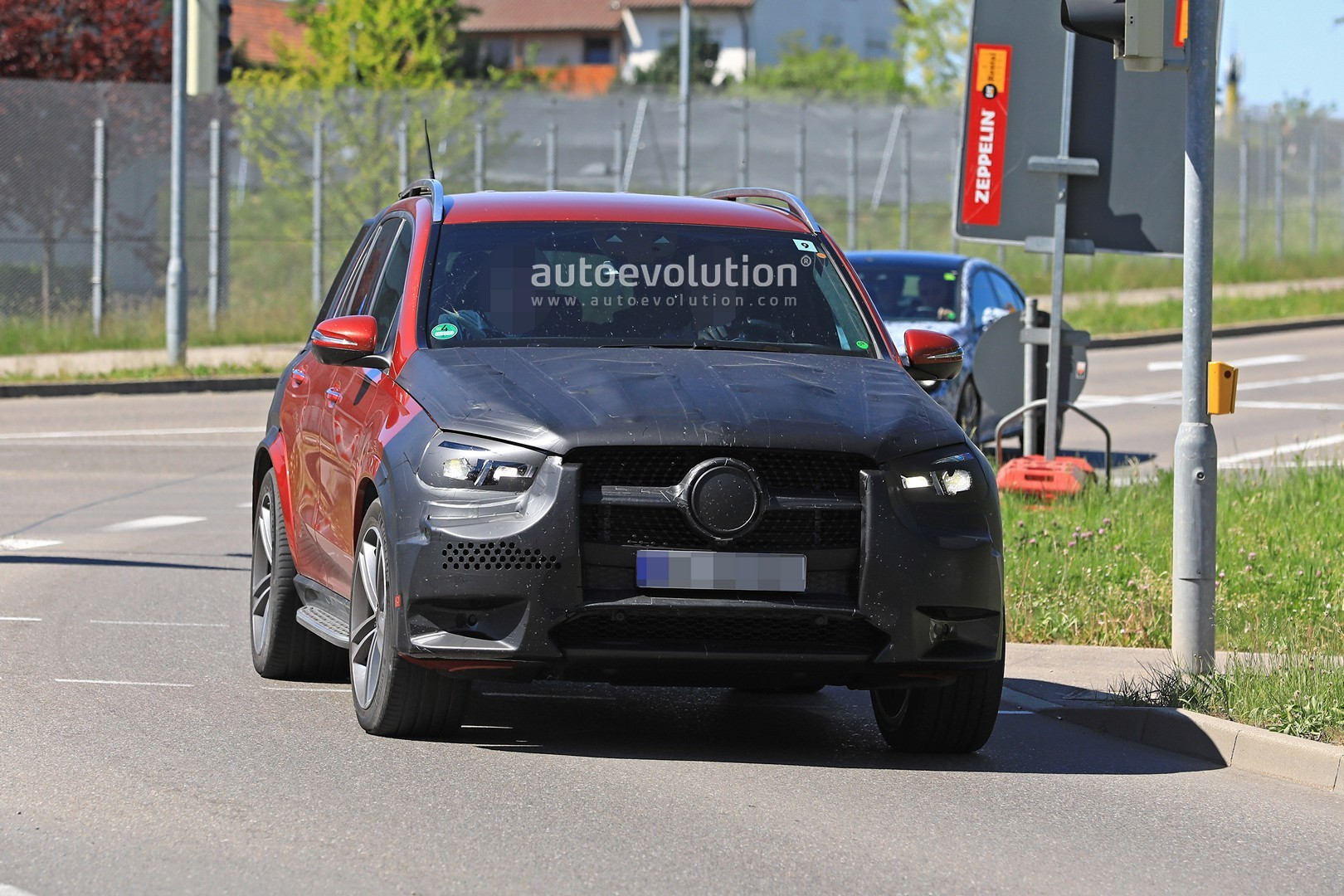 2019 Mercedes Benz Gle 350 D Or 400 With Amg Line Body Kit Spied