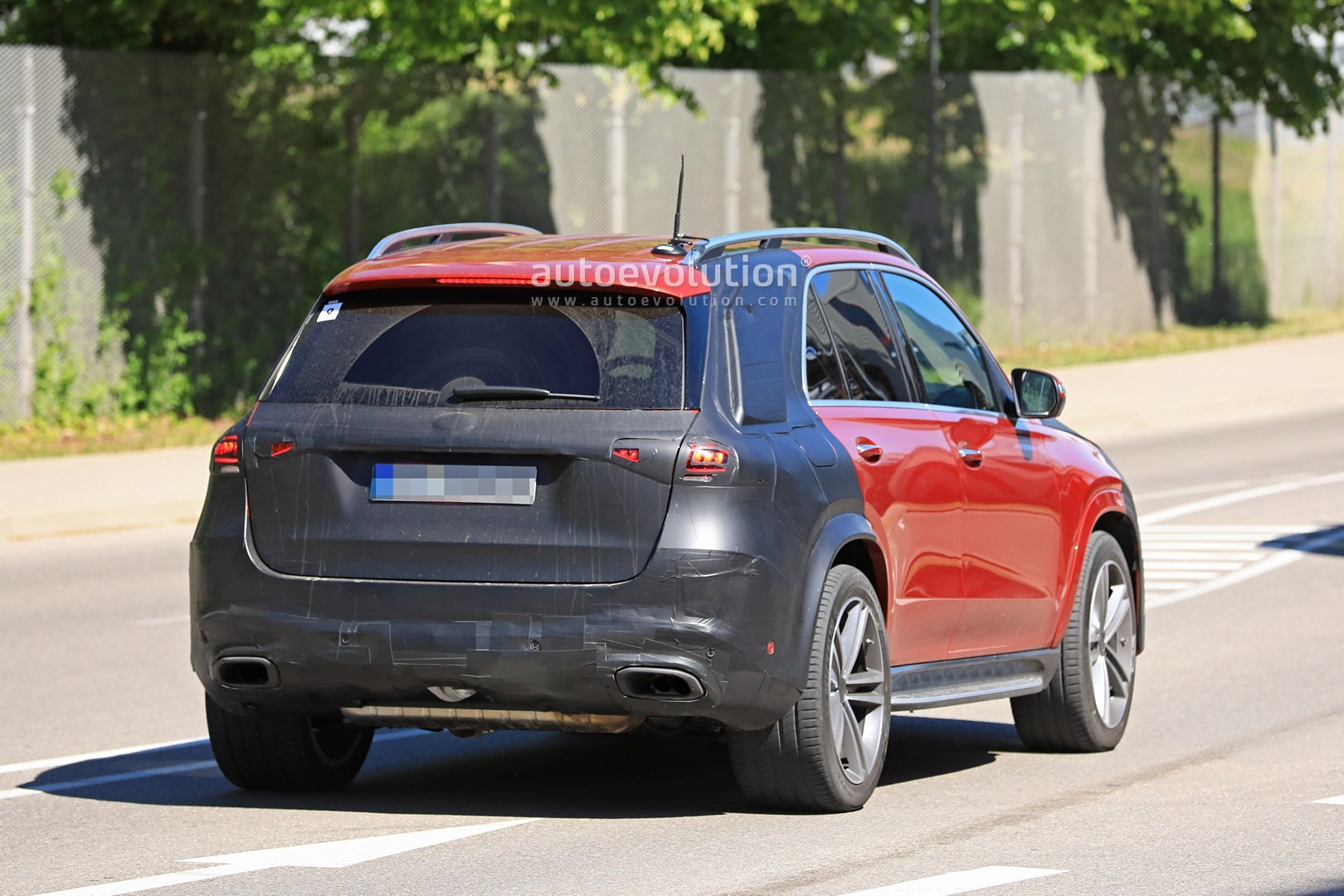 2019 Mercedes-Benz GLE 350 d or 400 d With AMG Line Body ...