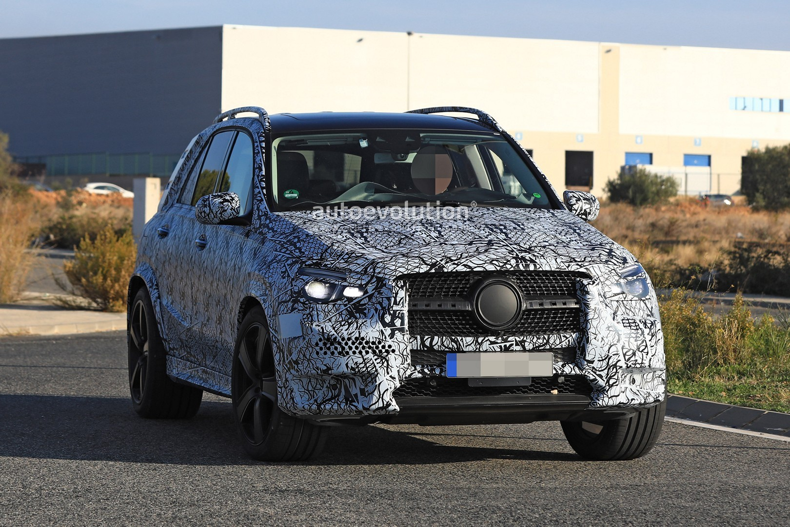2019 Mercedes-Benz GLE and GLS Spied Testing Together in ...
