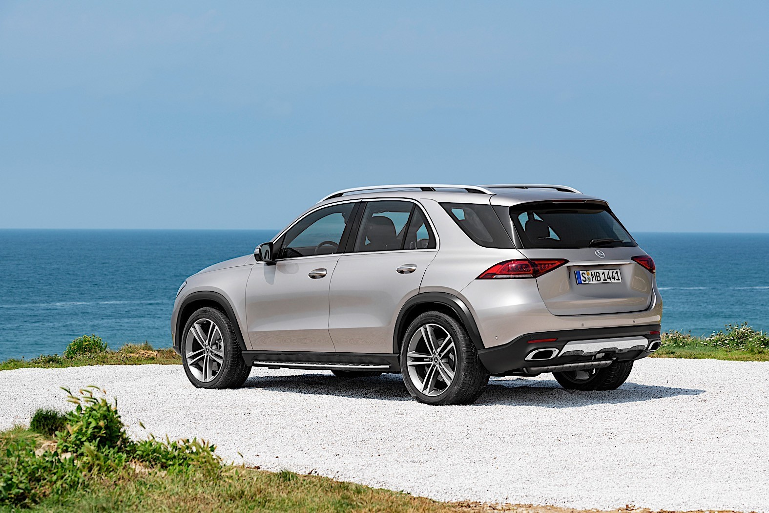 2019 Mercedes Benz Gle Breaks Cover Packed With Technology Autoevolution