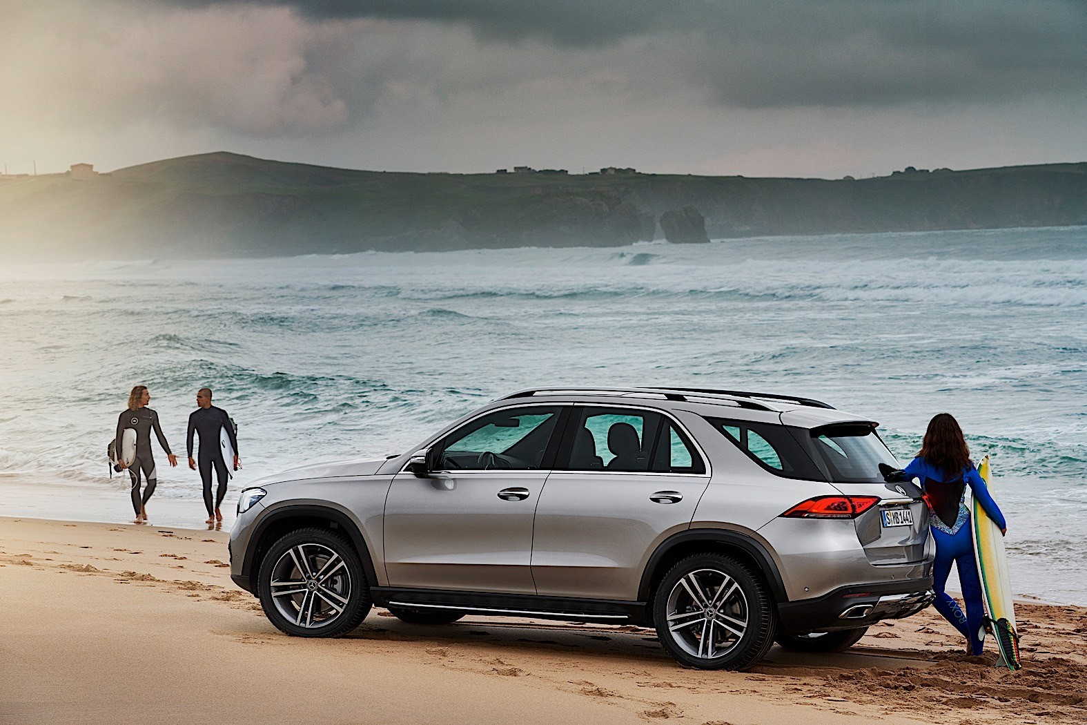2019 mercedes benz gle breaks cover packed with. Black Bedroom Furniture Sets. Home Design Ideas