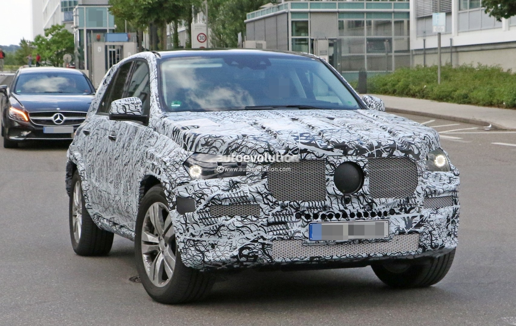 New Mercedes Benz Compact Sedan To Be Made In Mexico