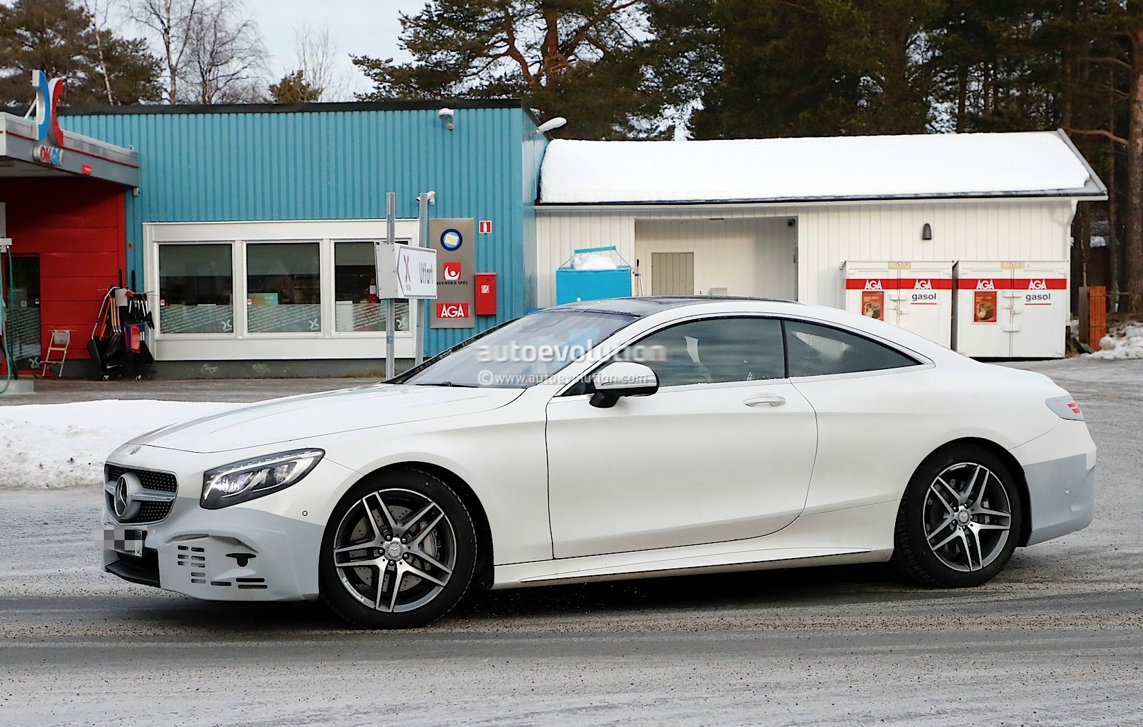 2019 mercedes benz s class coupe facelift has more game for Mercedes benz games