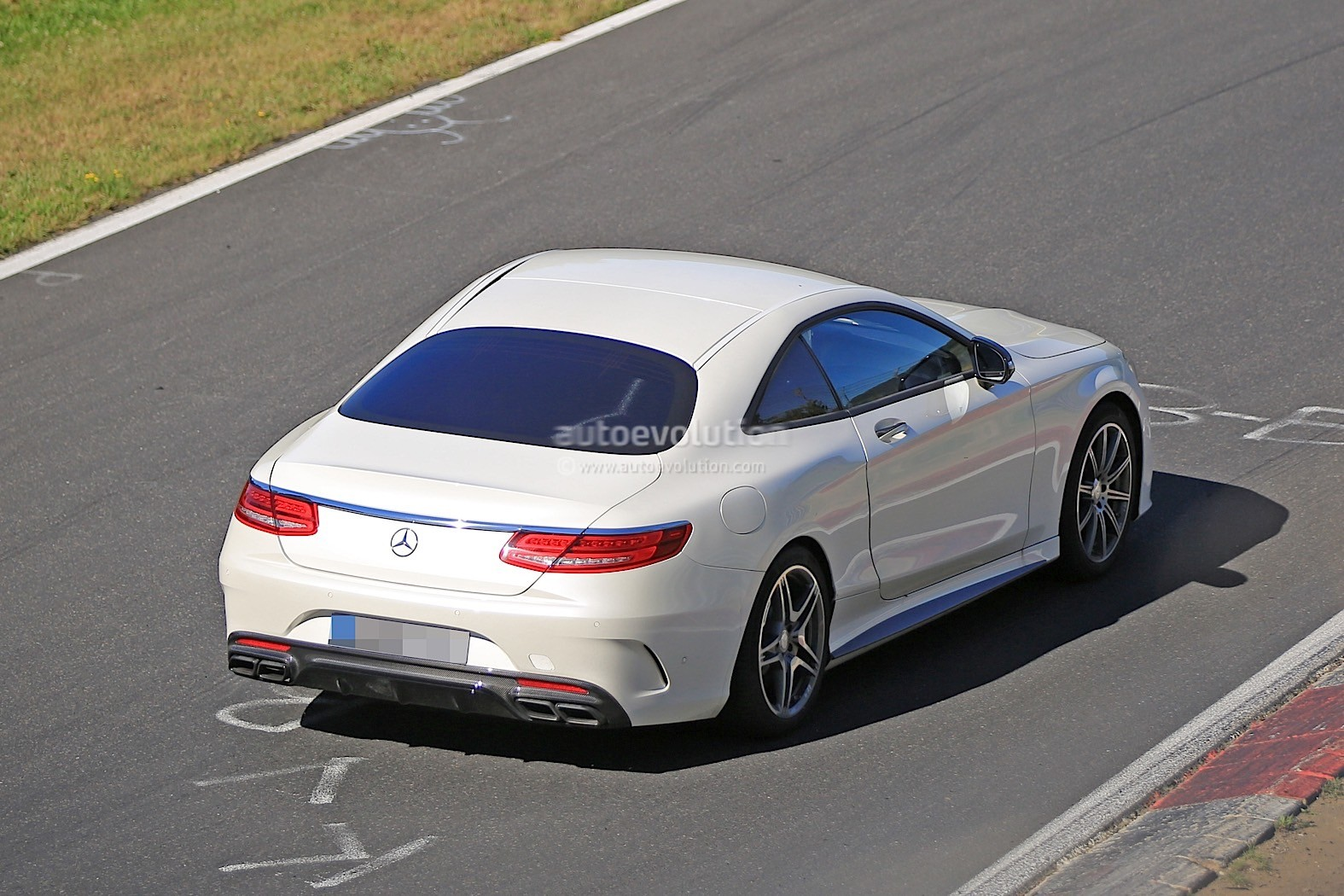 Gle Coupe Facelift 2018 >> 2019 Mercedes-Benz SL Prototype Returns, Looks Like an S-Class Coupe Hot Rod - autoevolution
