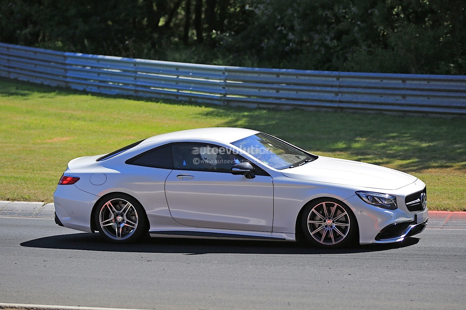 2019 Mercedes-Benz SL Prototype Returns, Looks Like an S ...