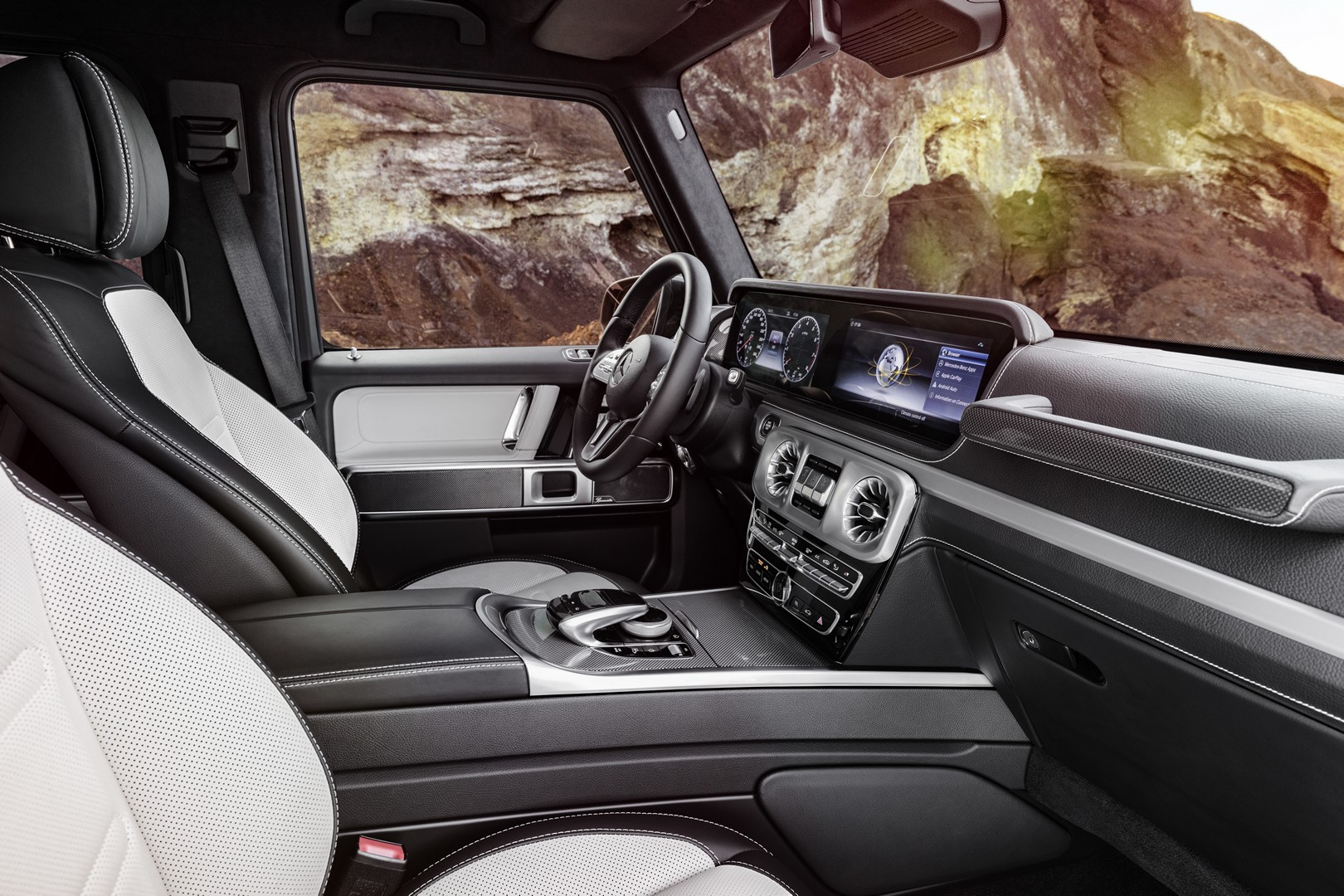 2019 mercedes g-class interior officially revealed
