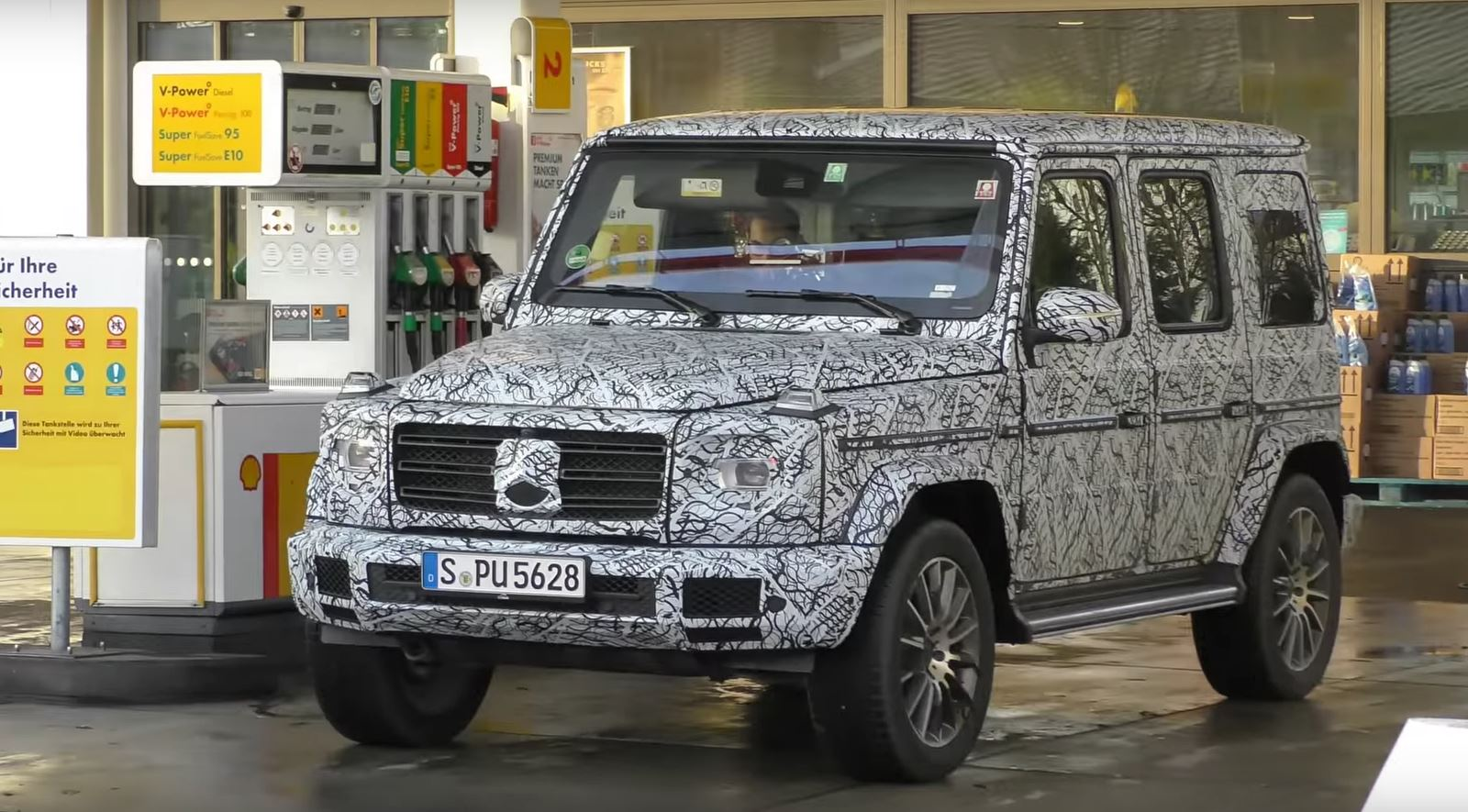 First MillionDollar MercedesBenz GClass Is Armored Autoevolution - 1 million mercedes coolest armoured vehicle ever
