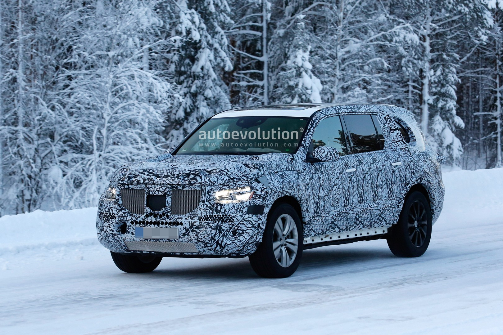 2019 Mercedes Gls Spied Undergoing Winter Testing