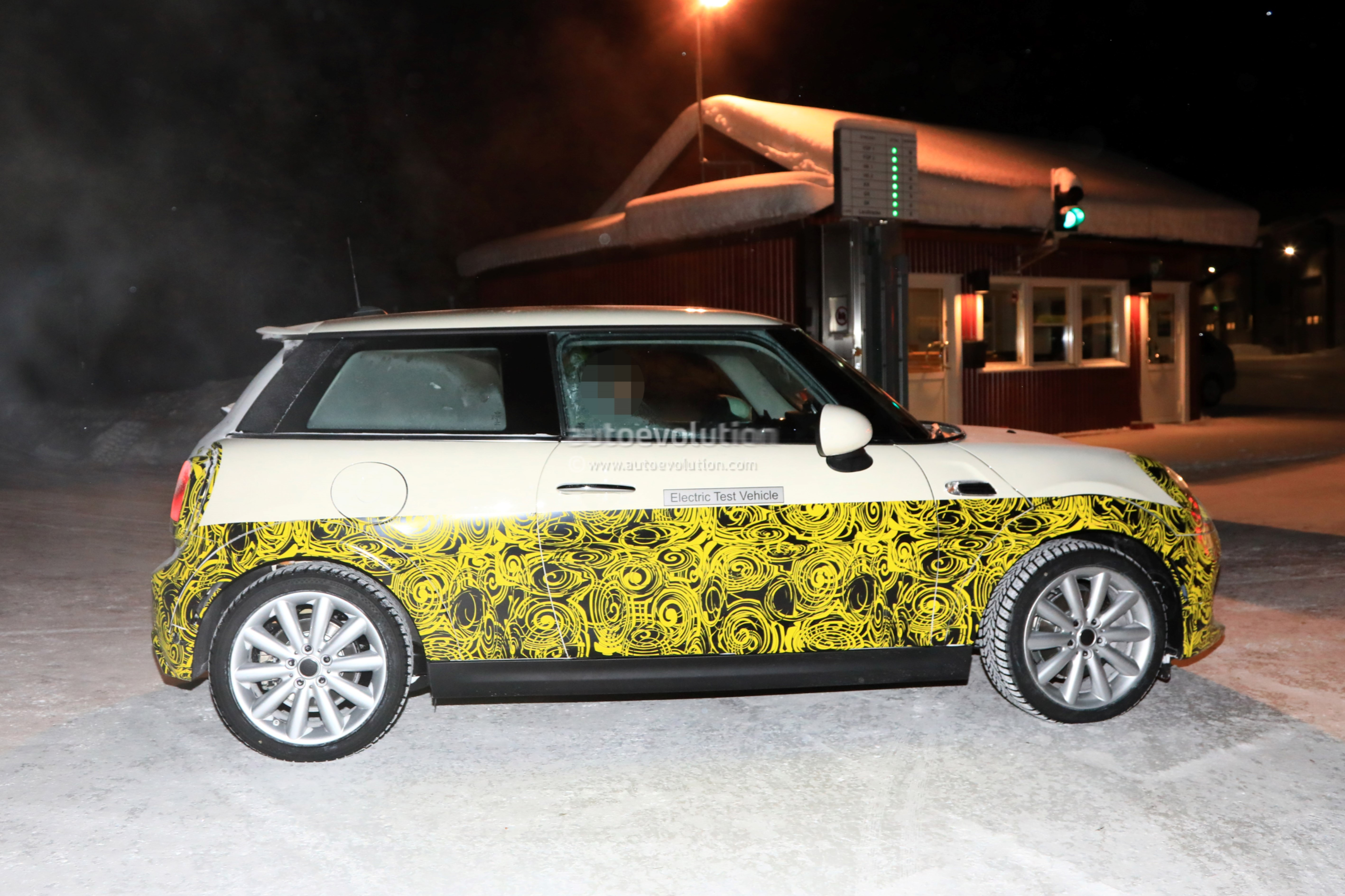 Mini Cooper E Electric Vehicle Production Start Confirmed And It S
