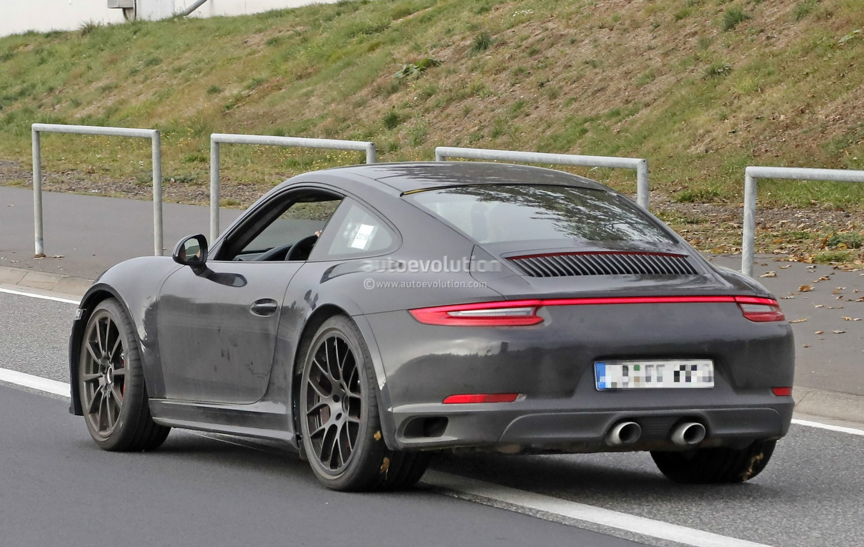 2019 Next-Generation Porsche 911 Spied, Could Alter Rear ...