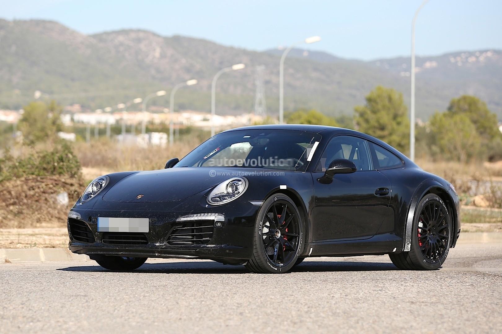 Next Generation 2019 Porsche 911 Spied With Wider Tracks