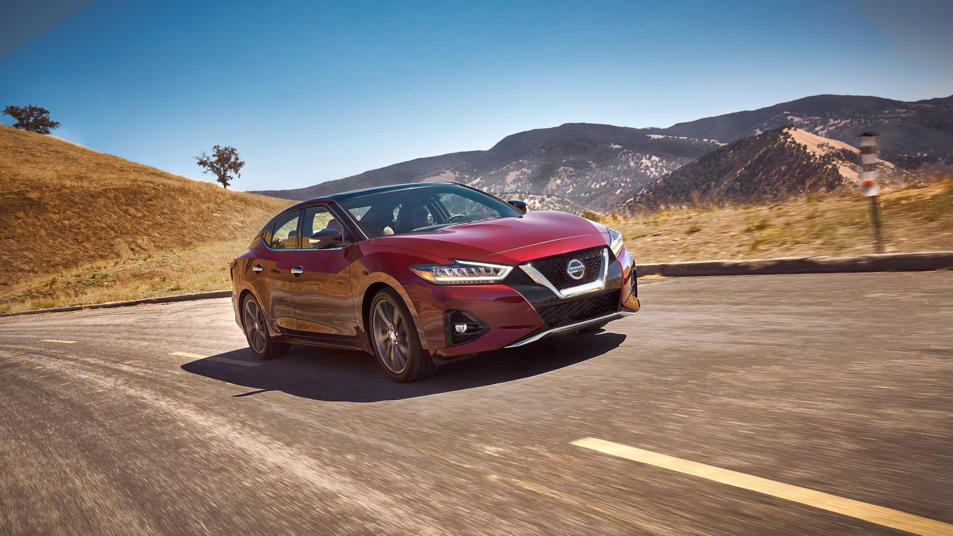 2019 Nissan Maxima Follows In the Footsteps Of the ...