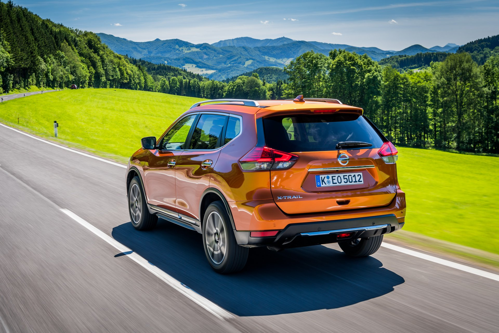 2019 nissan x trail gets 1 7 liter diesel with 150 hp 1 3. Black Bedroom Furniture Sets. Home Design Ideas