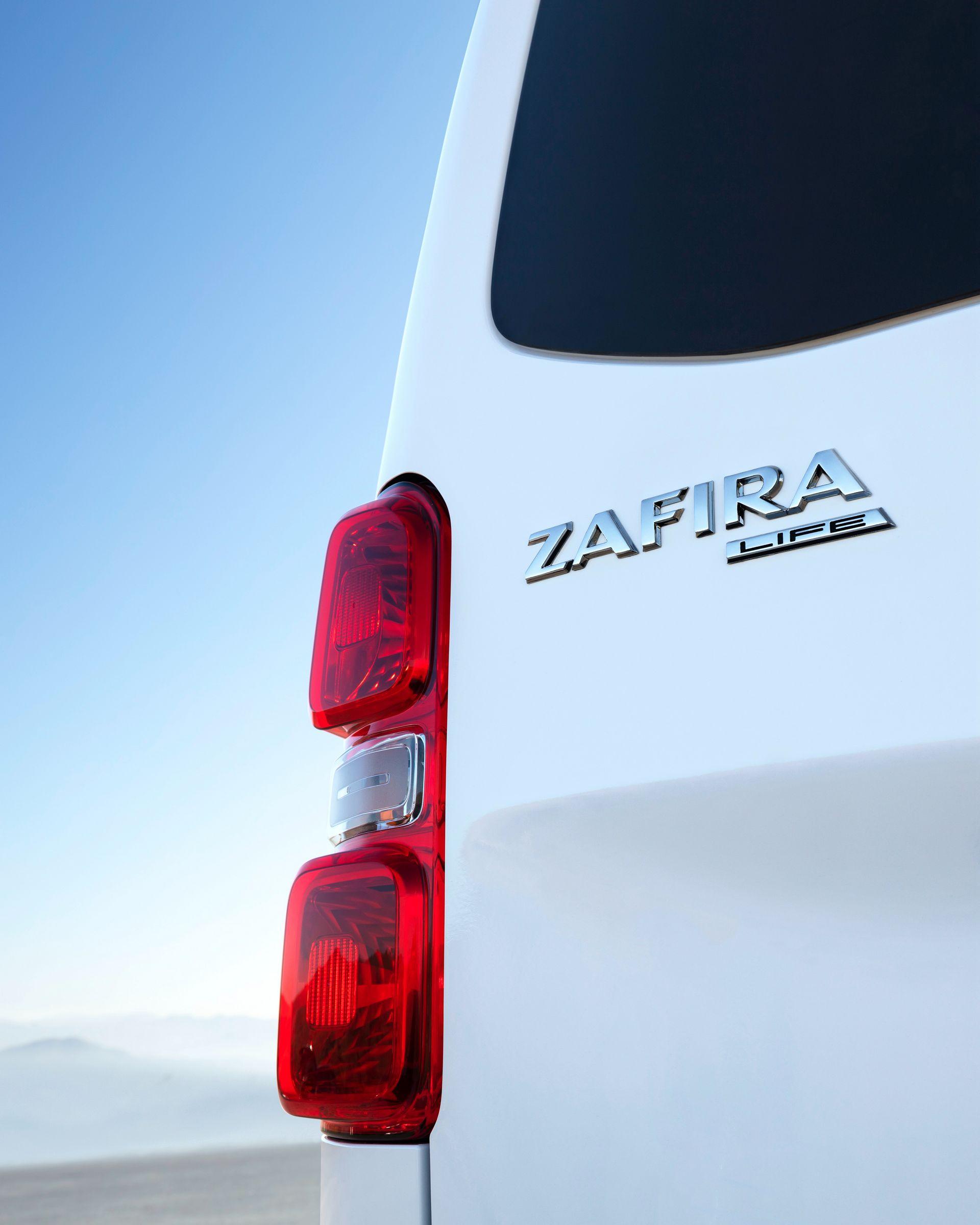 Car Transport Reviews >> 2019 Opel Zafira Life (Vauxhall Vivaro Life) Revealed, EV ...