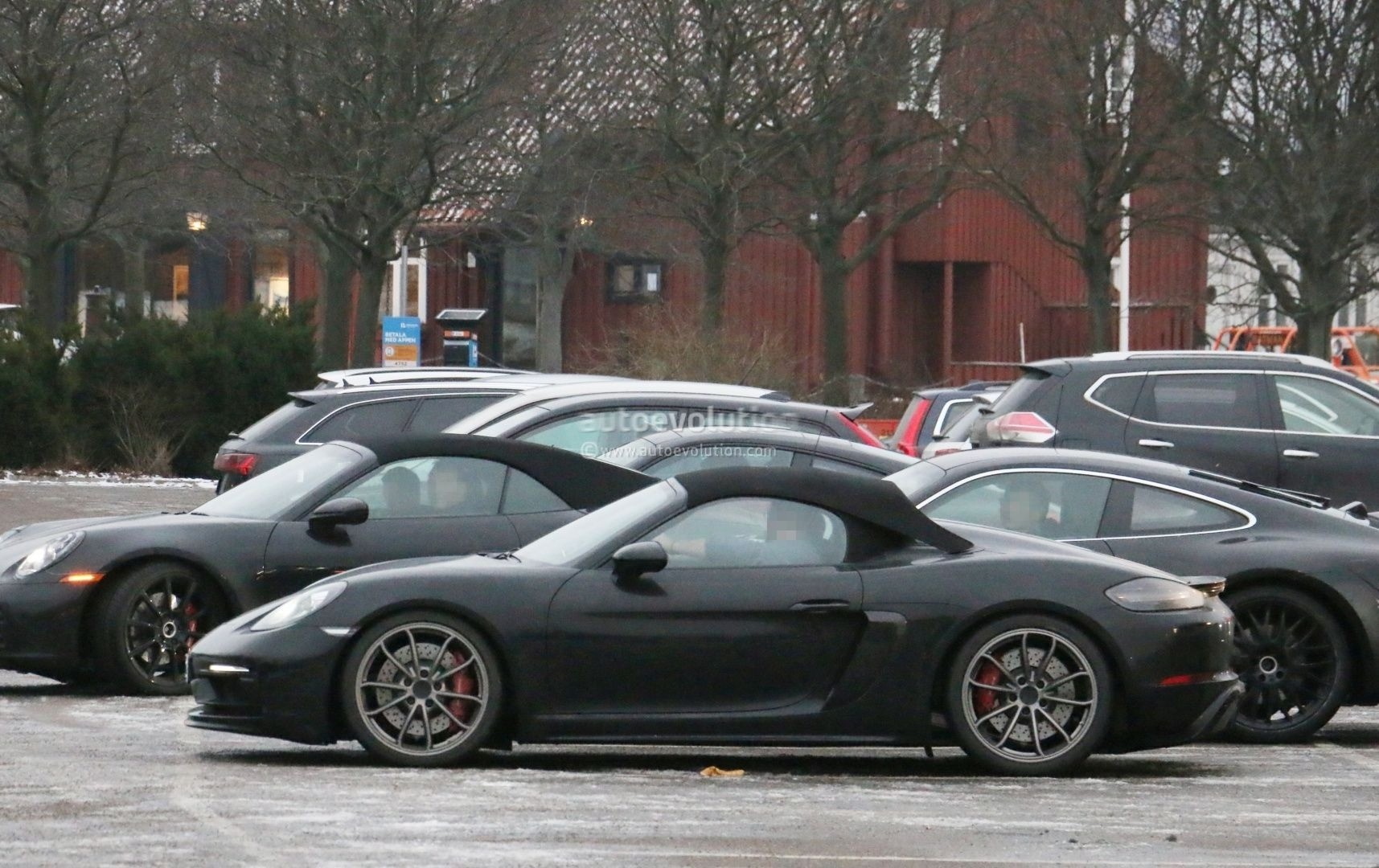 2019 Porsche 718 Boxster Spyder Spied In Traffic 911 Gt3