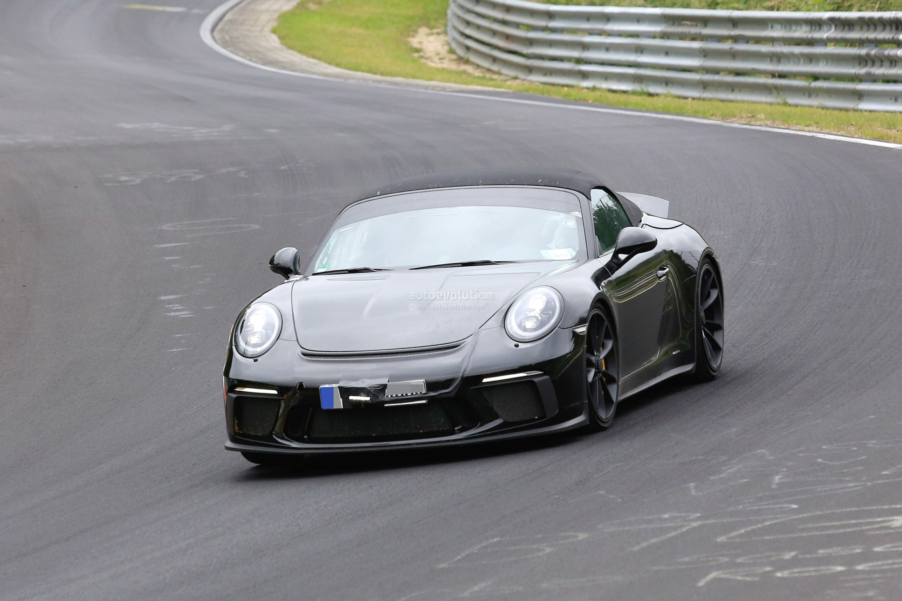 2019 Porsche 911 Speedster Prototype Reveals Production