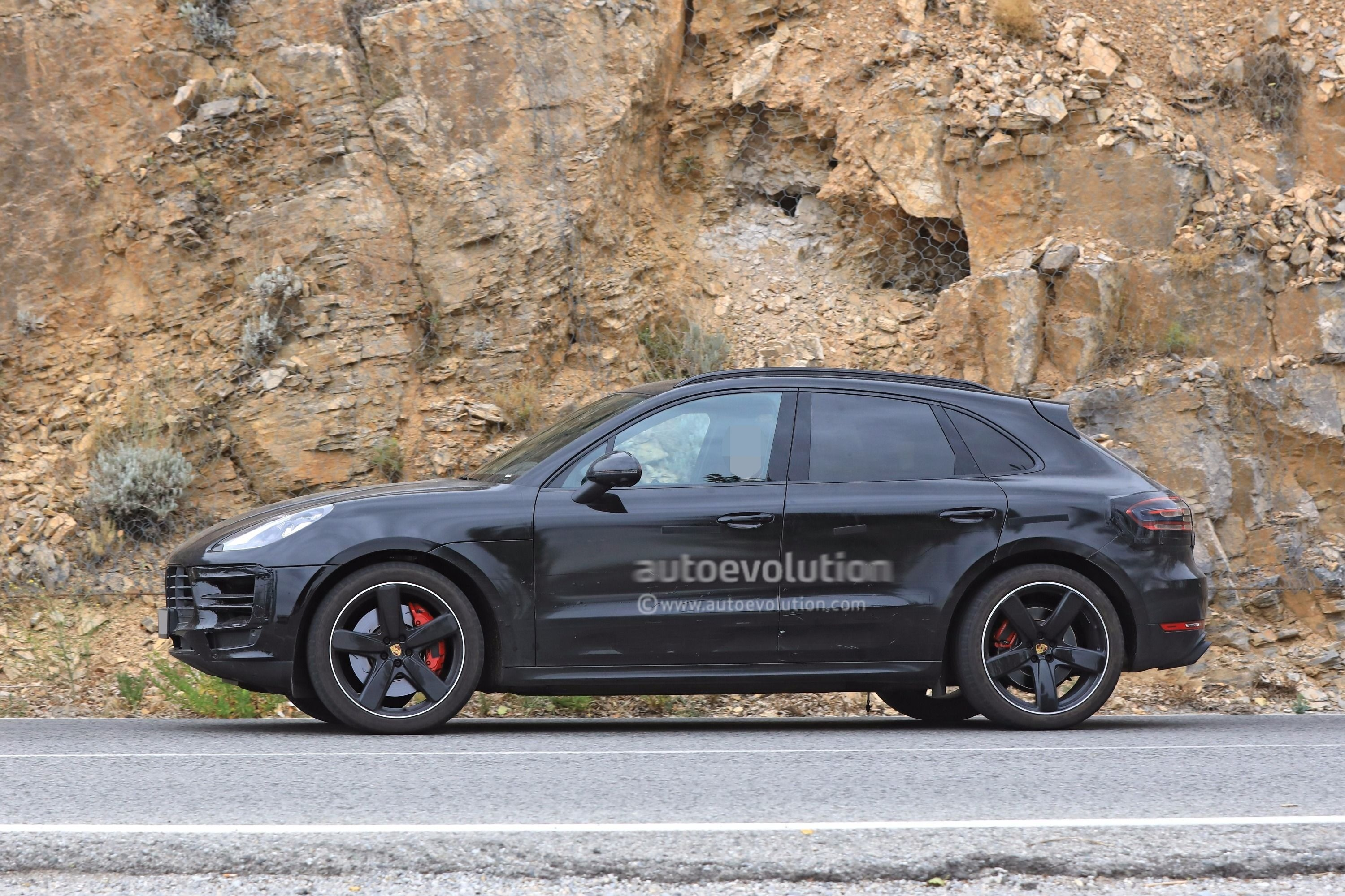 Total Care Auto >> Spyshots: 2019 Porsche Macan Prototype Poses For The Camera - autoevolution