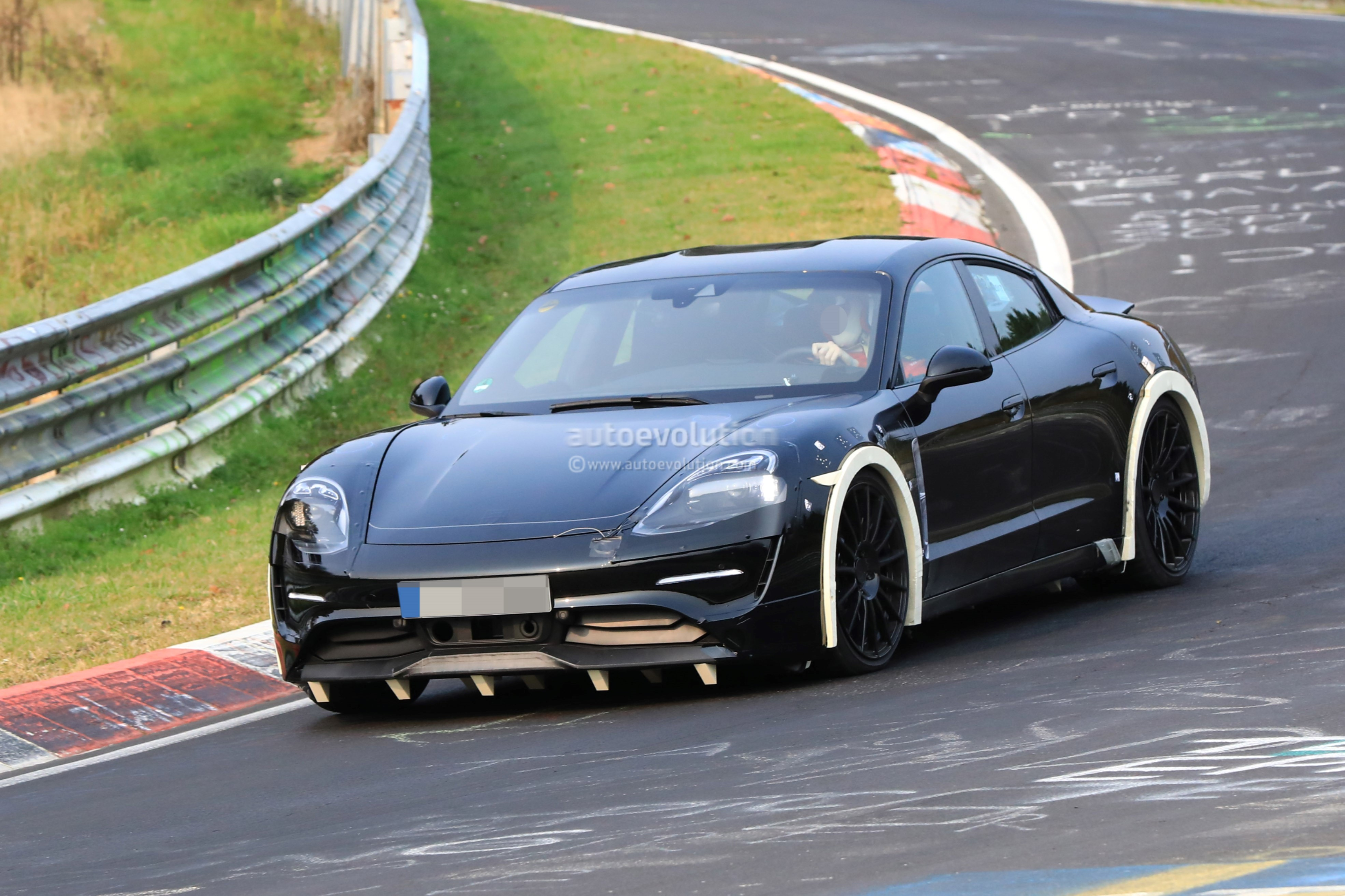Kart Racing furthermore 1100594 2015 Formula One United States Grand Prix Preview furthermore Spyshots 2019 Porsche Mission E Electric Sports Sedan Tackles The Nurburgring 121120 together with 1951 Vintage Tractor Gets F1 Makeover In Bewildering Mashup Be es Tracktor 109386 additionally News12. on electric circuit formula