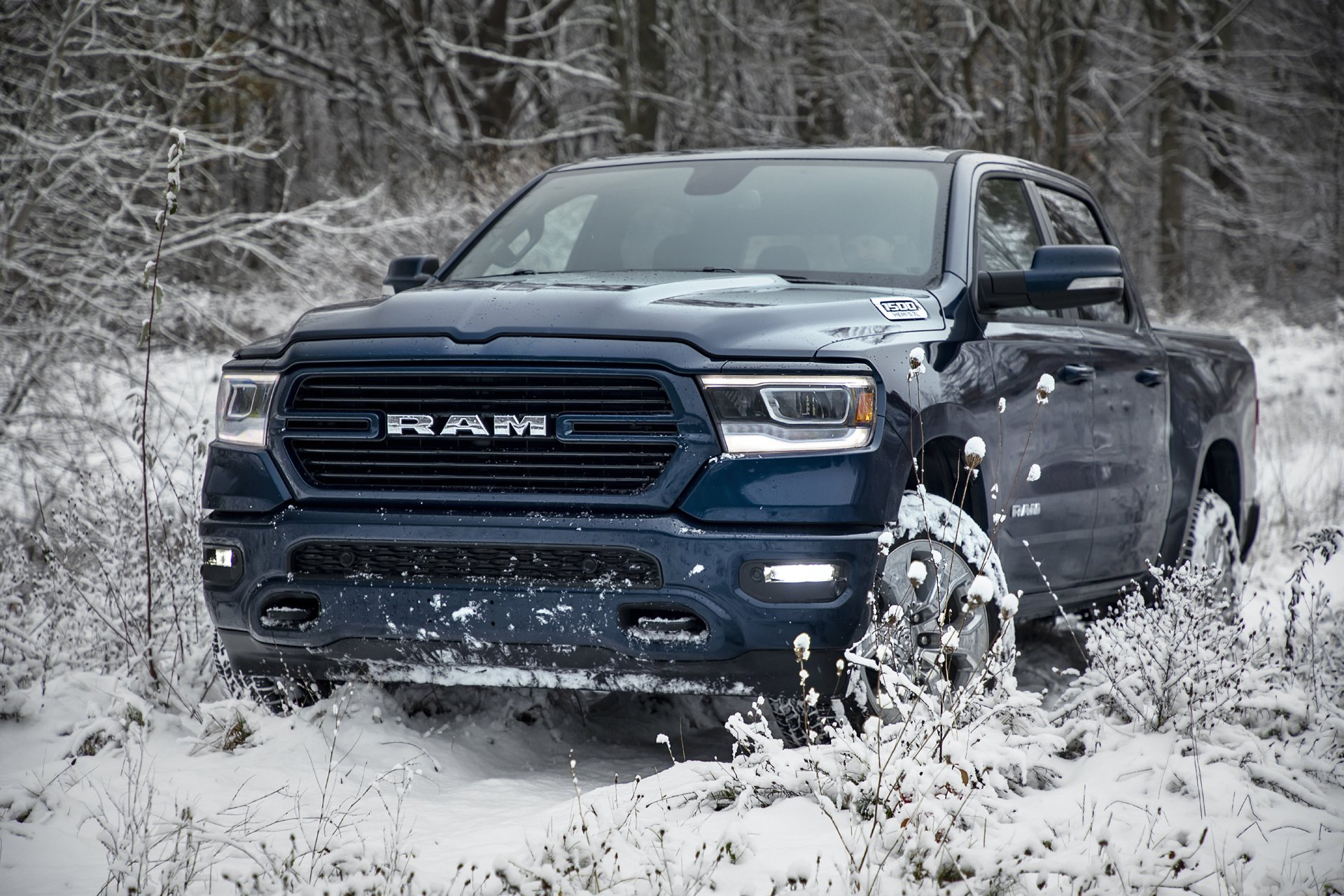 Mopar Lift Kit >> 2019 Ram 1500 North Edition Features Factory Lift Kit - autoevolution
