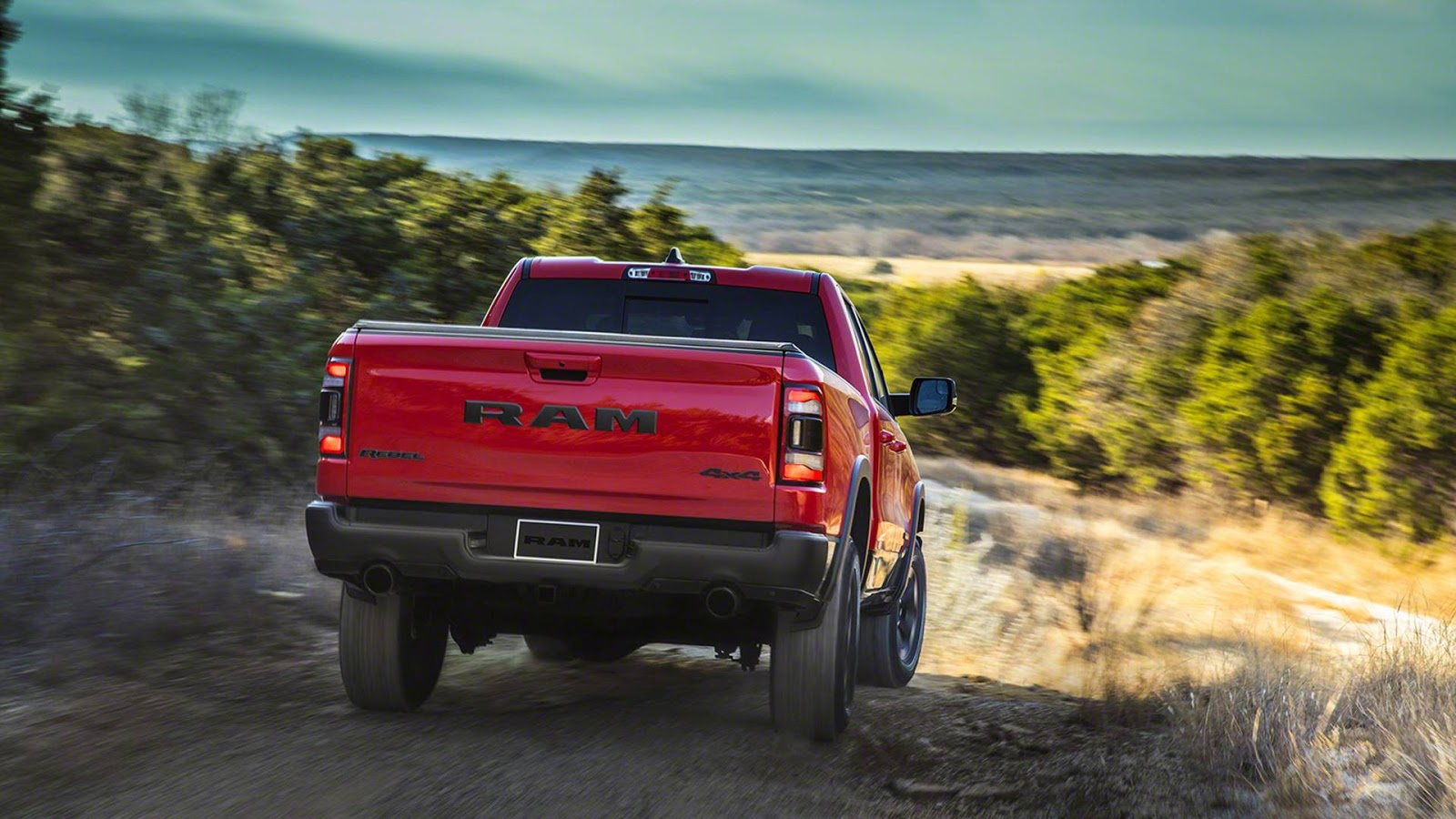 2019 Ram 1500 Pickup Goes Official With 48-Volt Mild ...