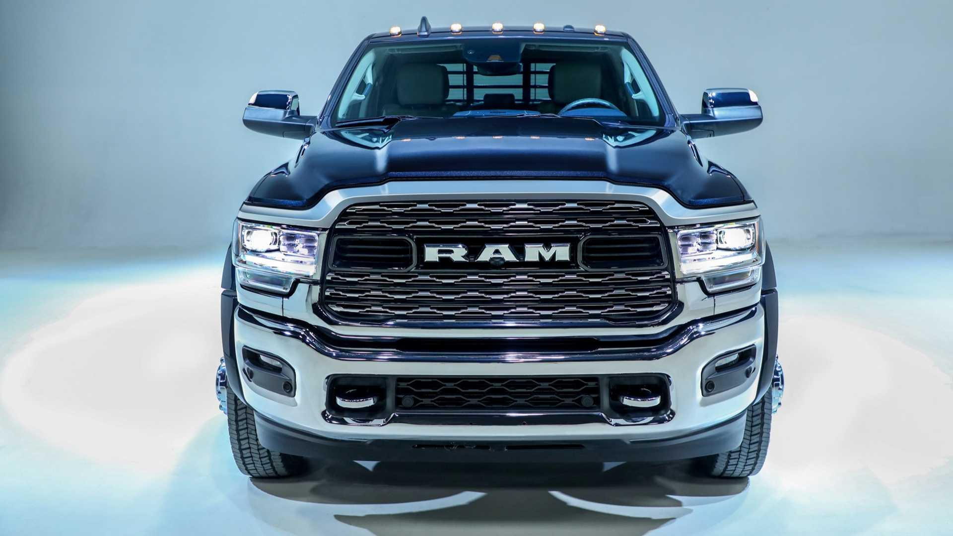 2019 Ram Chassis Cab Tows Up To 35 220 Pounds Autoevolution