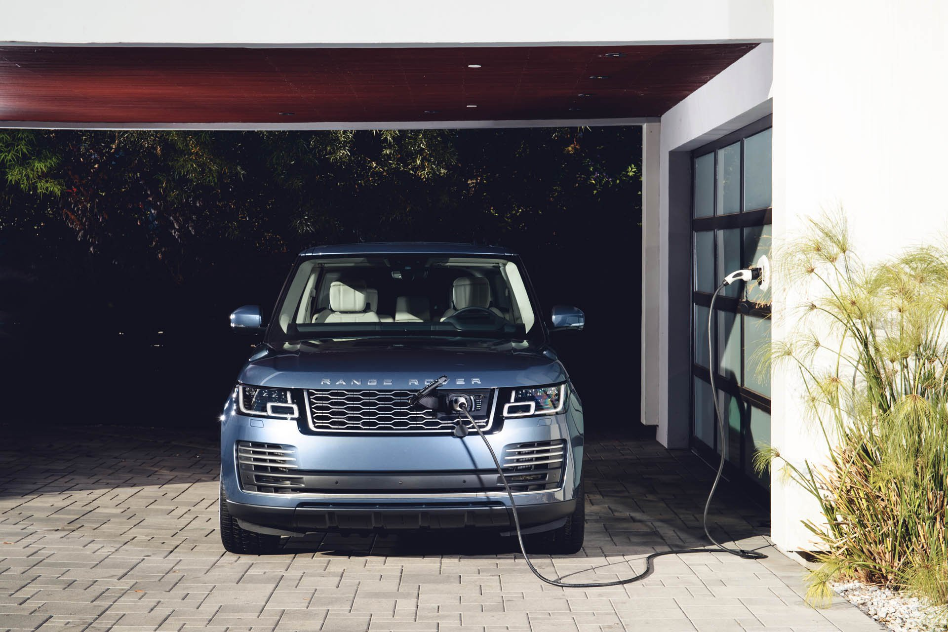 2019 range rover gets new 275 hp v6 diesel engine autoevolution. Black Bedroom Furniture Sets. Home Design Ideas