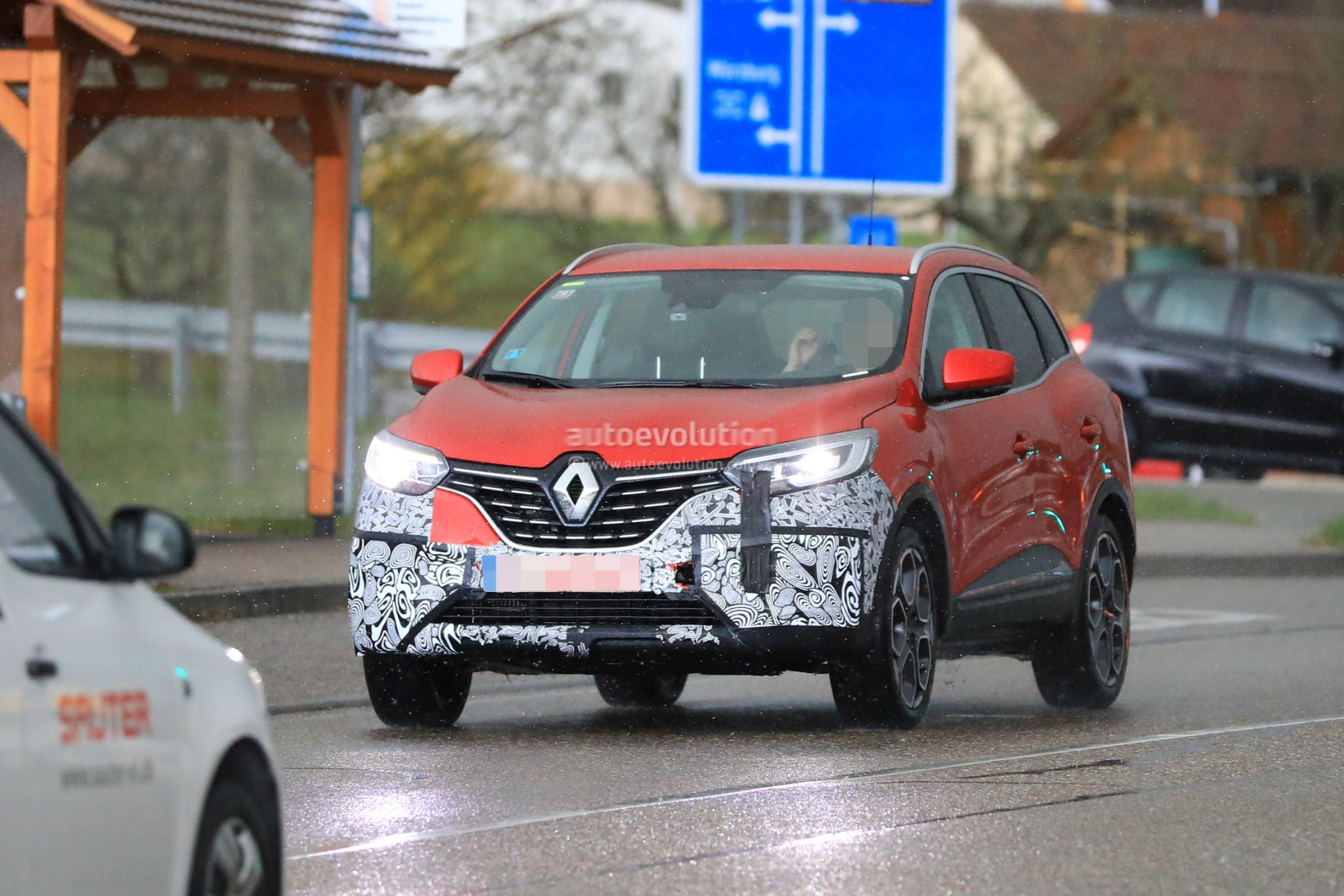 Renault Kadjar Facelift Shows Redesigned Grille In Newest Spy Photos