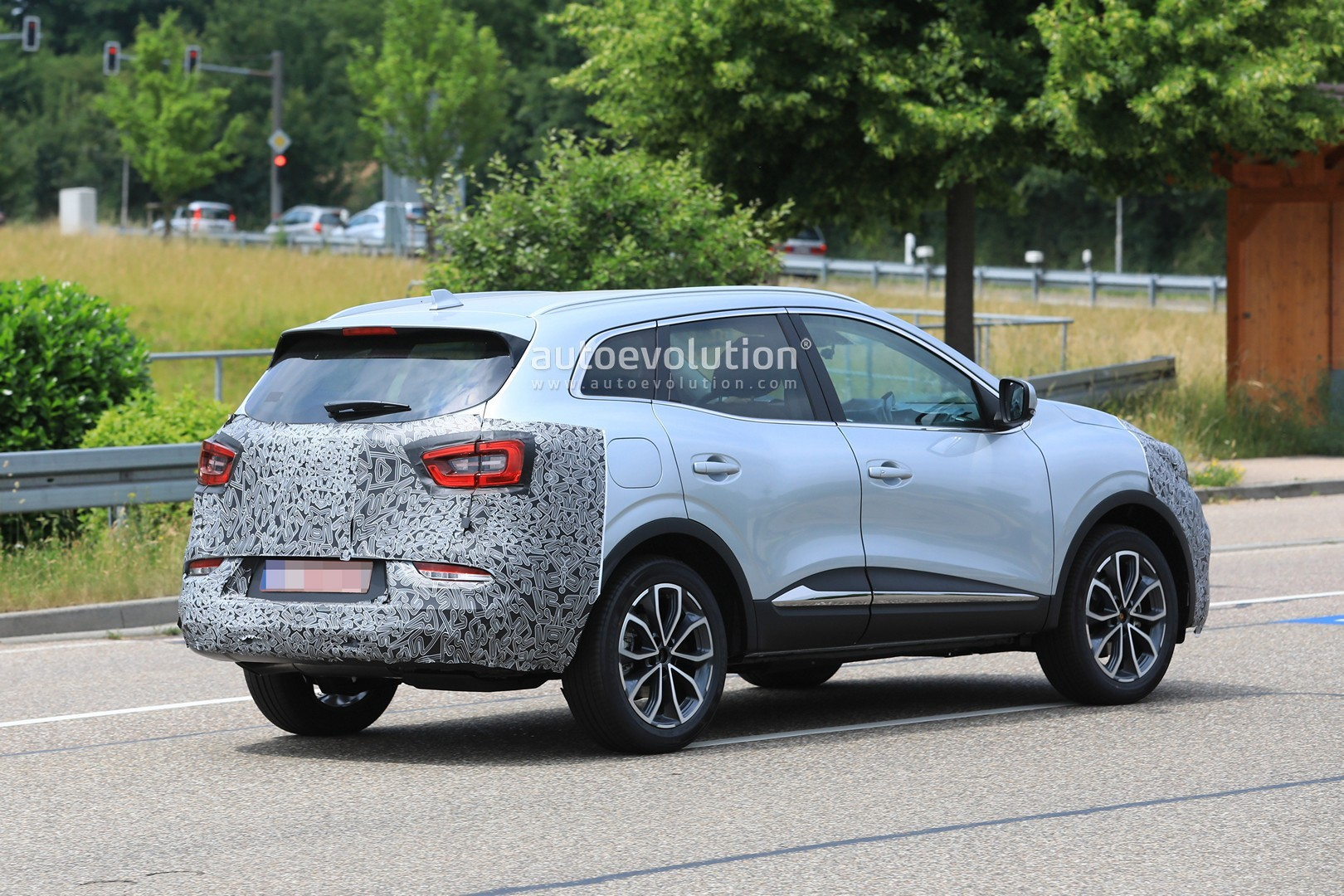 2019 Renault Kadjar Facelift Spied With New Front End, Will Debut in September - autoevolution