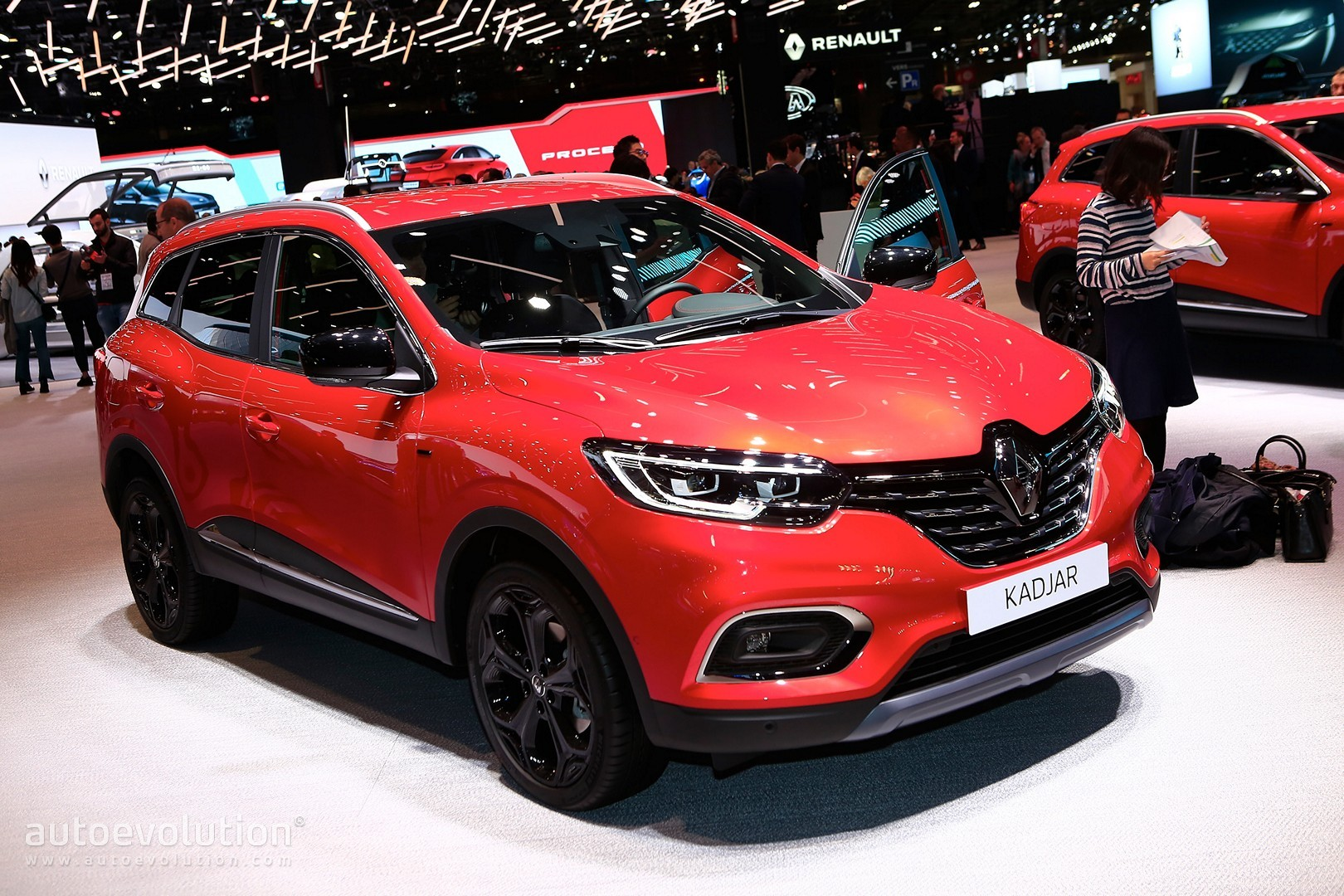 2019 renault kadjar is a simple but effective facelift in. Black Bedroom Furniture Sets. Home Design Ideas