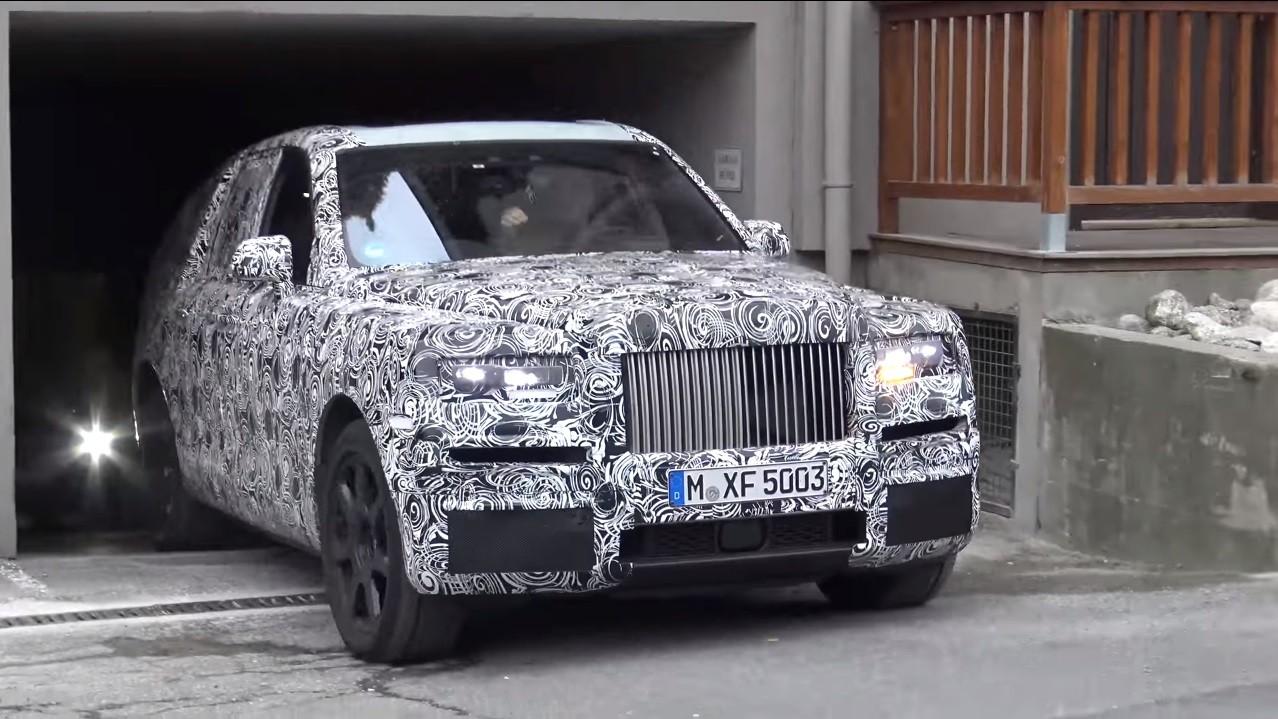 ... 2019 Rolls Royce Cullinan ...