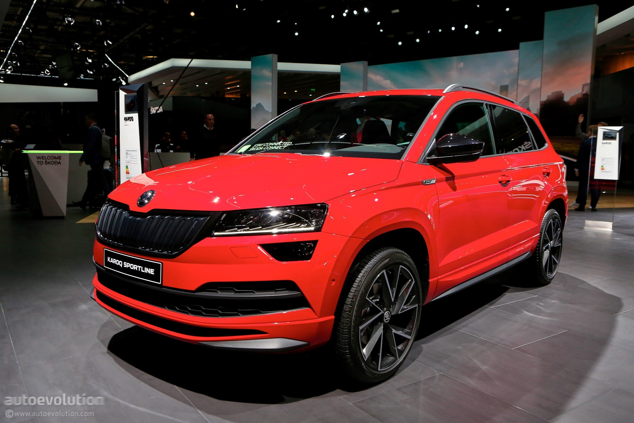 Skoda Karoq Welcomes Scout Sportline Models In Paris