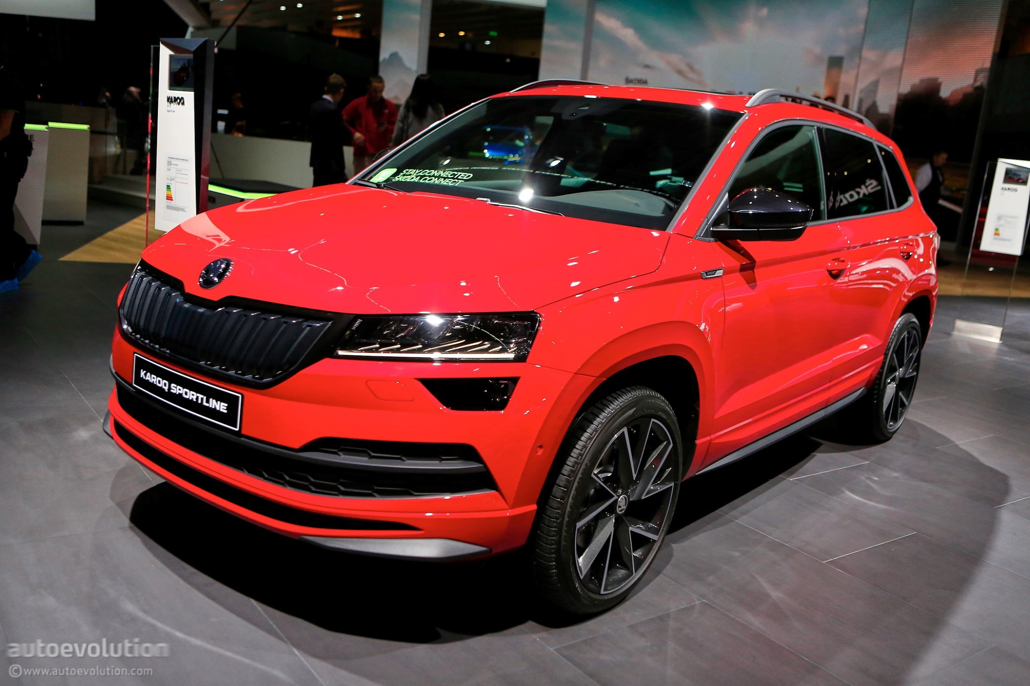 2019 Skoda Karoq Welcomes Scout, Sportline Models in Paris - autoevolution
