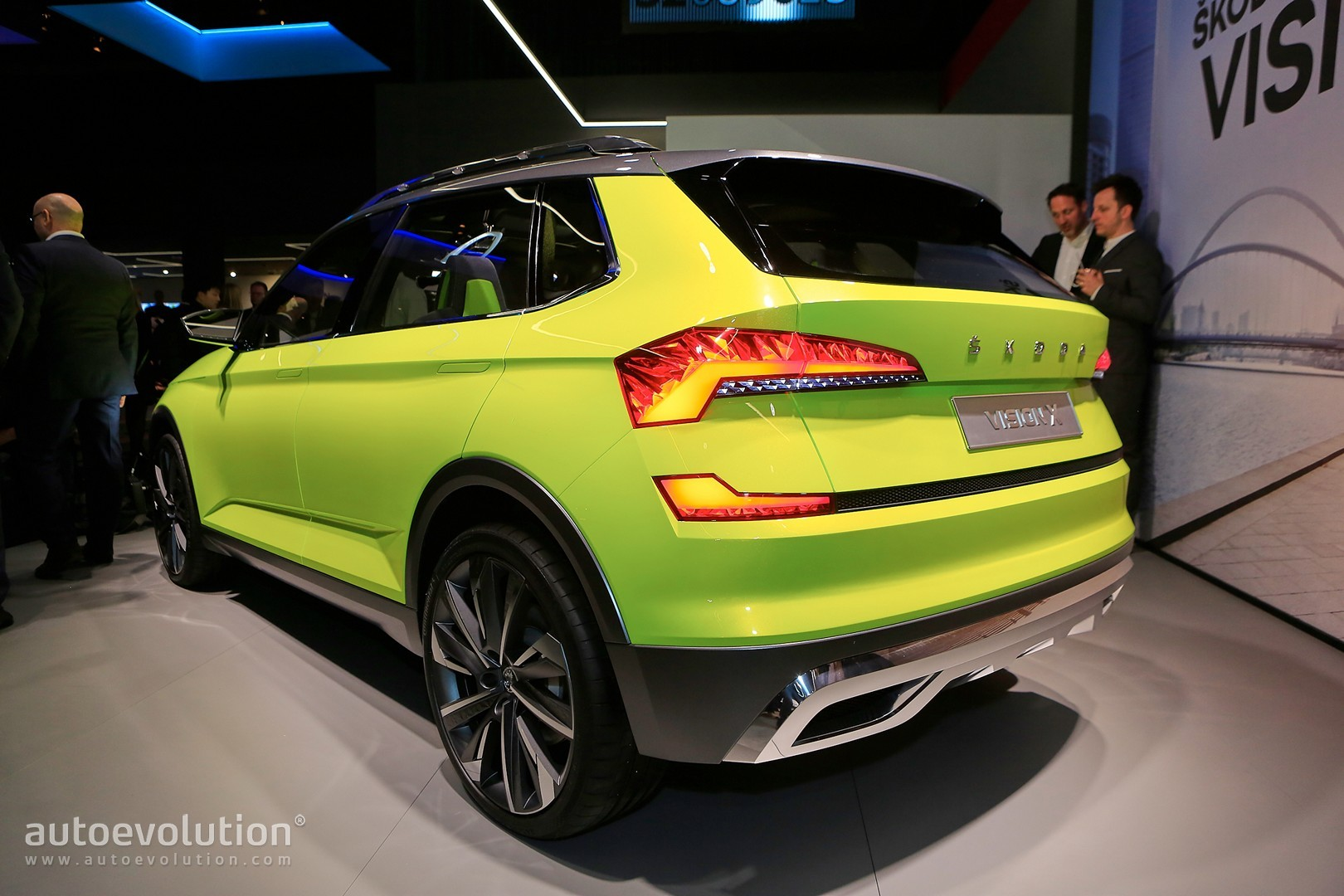 2019 skoda small suv previewed by vision x concept rides. Black Bedroom Furniture Sets. Home Design Ideas