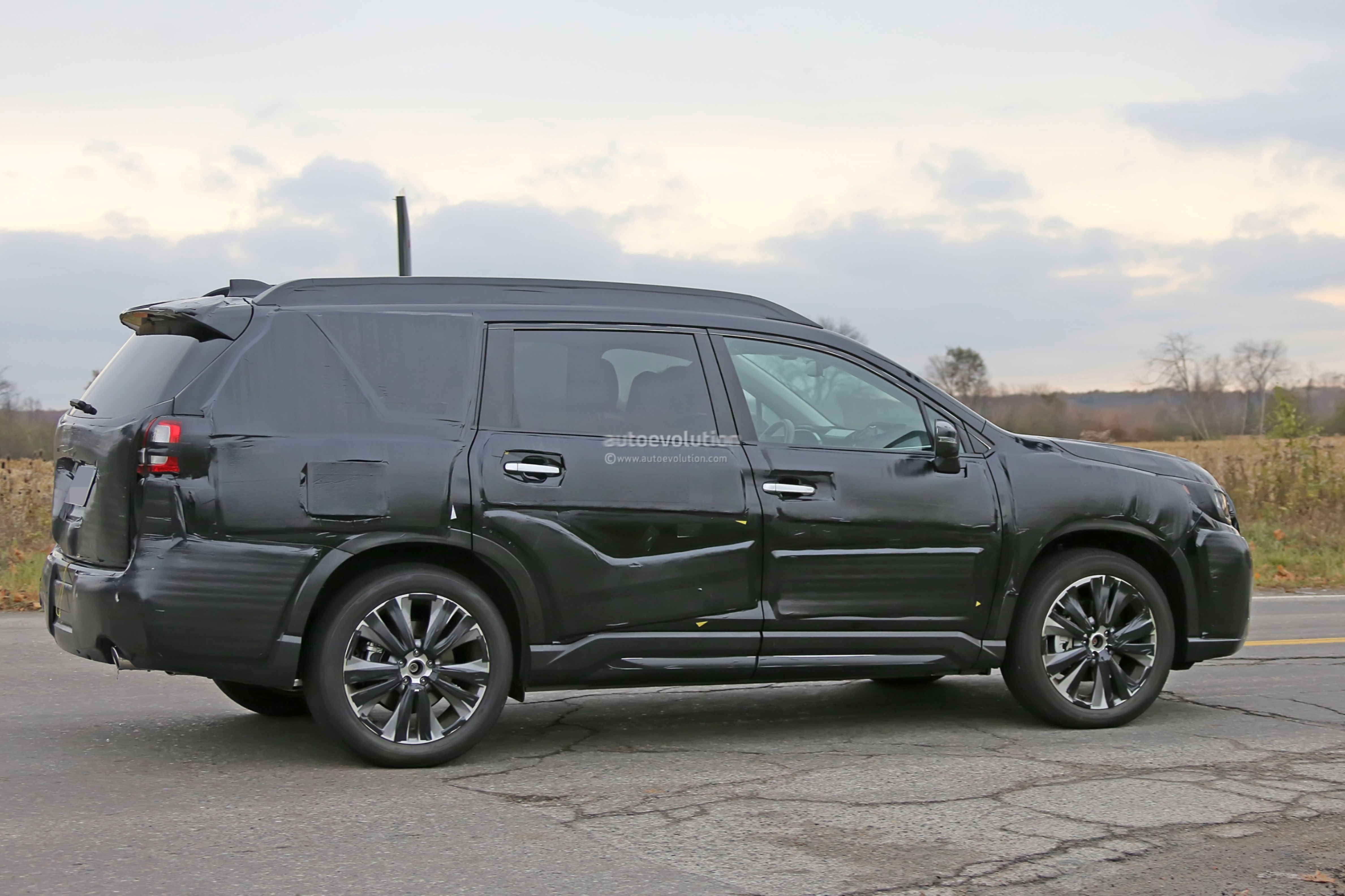 Minivan Buying Guide furthermore 2017 Chrysler Pacifica Minivan Debuts At 2016 Detroit Auto Show furthermore New 2018 Chrysler Pacifica Touring Plus Fwd Passenger Van 2c4rc1fgxjr187005 additionally Spyshots 2019 Subaru Ascent Rolls With Chrysler Pacifica And Toyota Prius Prime 121791 likewise 2018. on chrysler pacifica seating