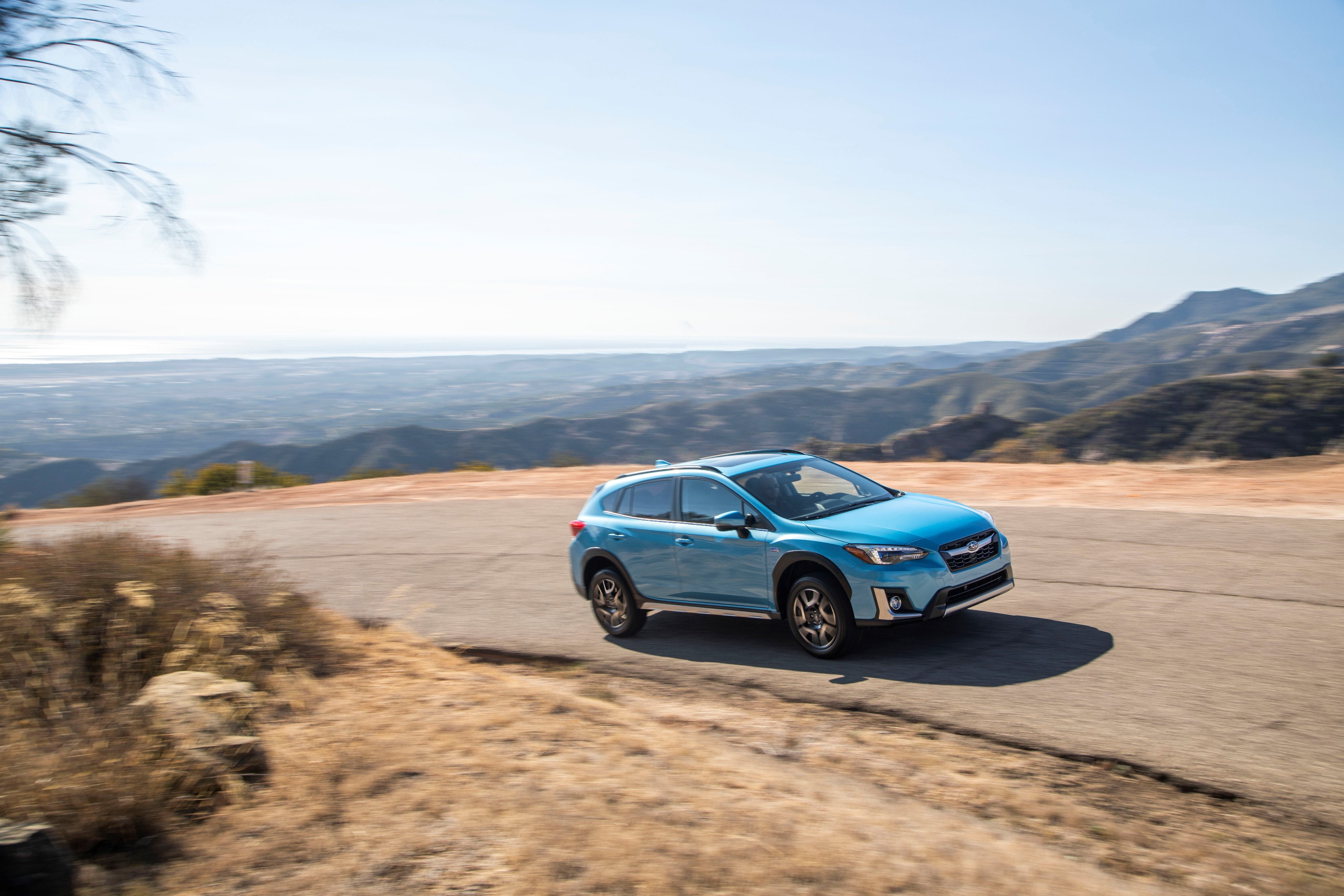 2019 subaru crosstrek hybrid can travel 17 miles in ev mode autoevolution. Black Bedroom Furniture Sets. Home Design Ideas