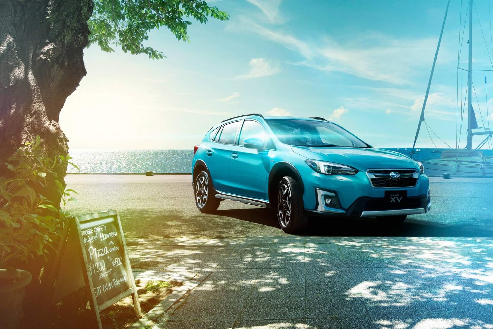 2019 Subaru XV e-Boxer Debuts In Japan With Toyota Prius ...