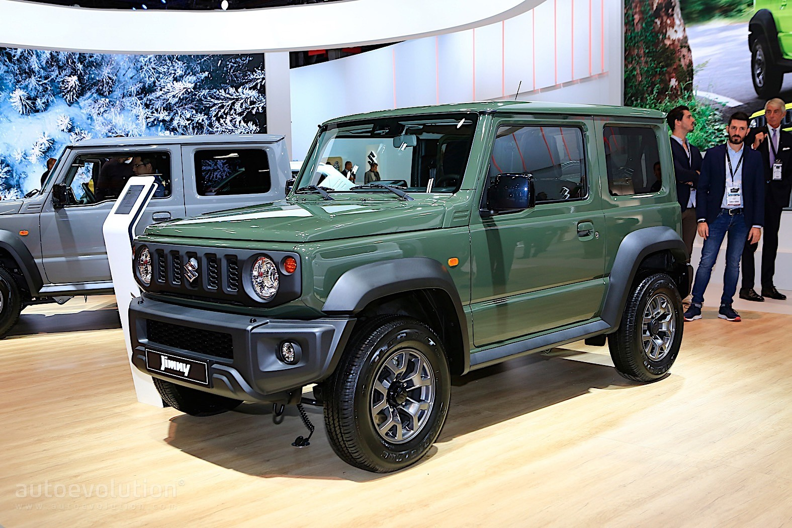 2019 suzuki jimny is out for suv blood in paris. Black Bedroom Furniture Sets. Home Design Ideas