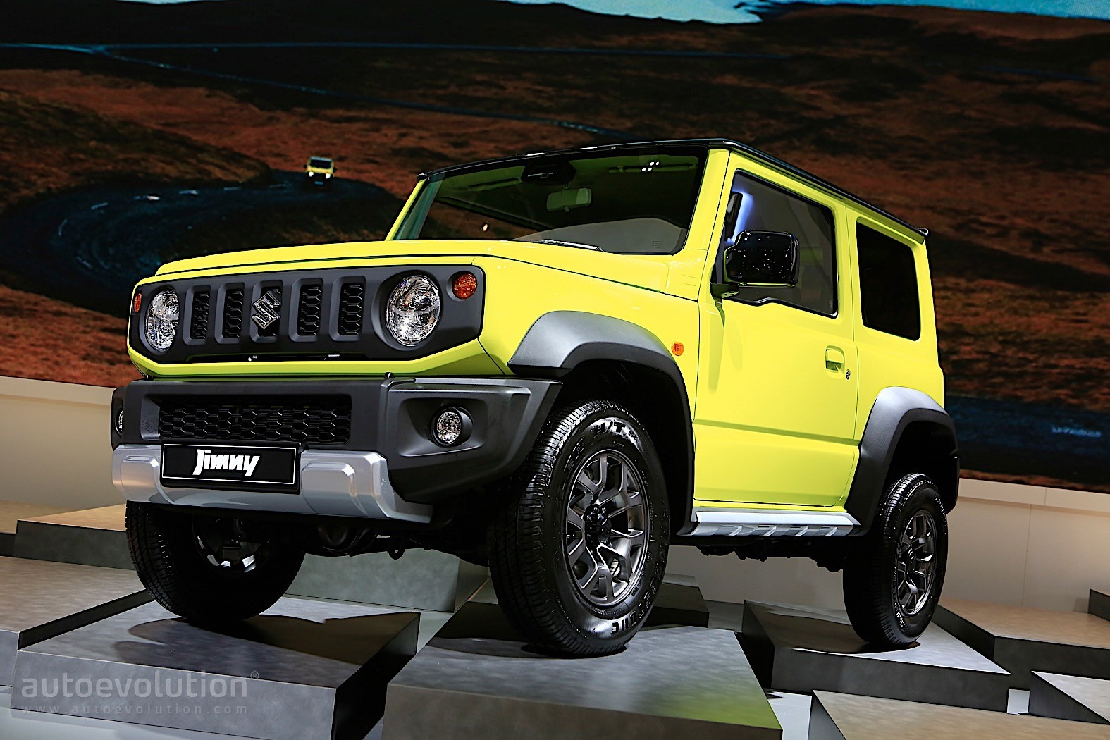 2019 suzuki jimny is out for suv blood in paris autoevolution. Black Bedroom Furniture Sets. Home Design Ideas
